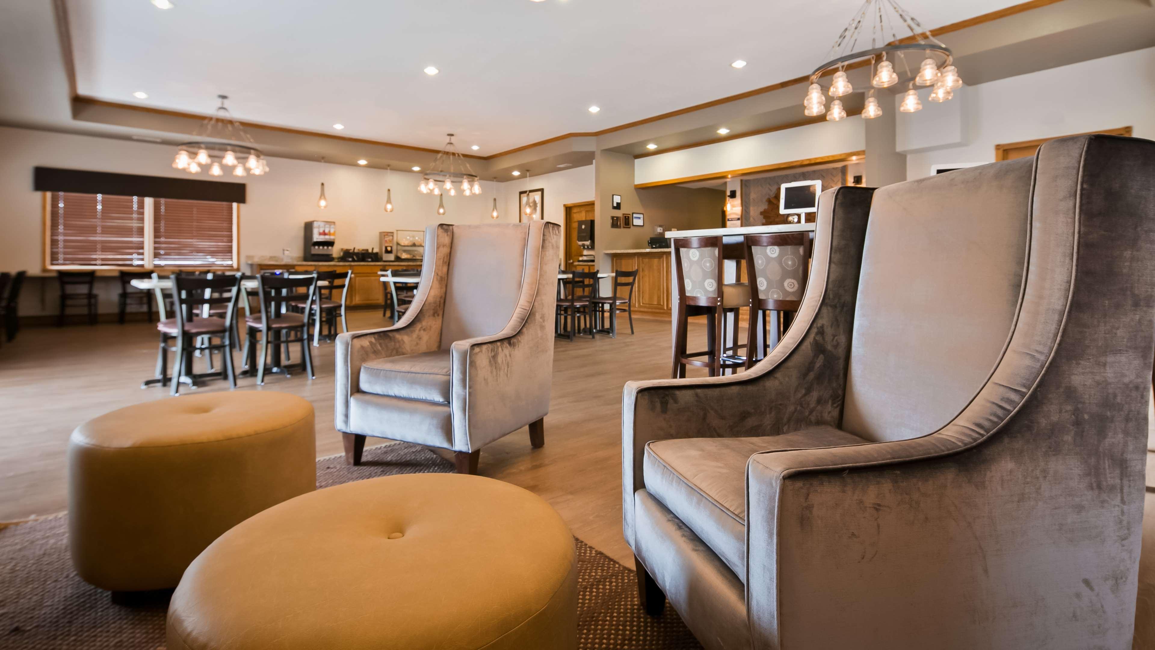 Best Western Buffalo Ridge Inn image 1