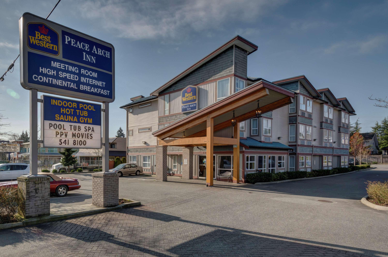 Best Western Peace Arch Inn in Surrey: Exterior