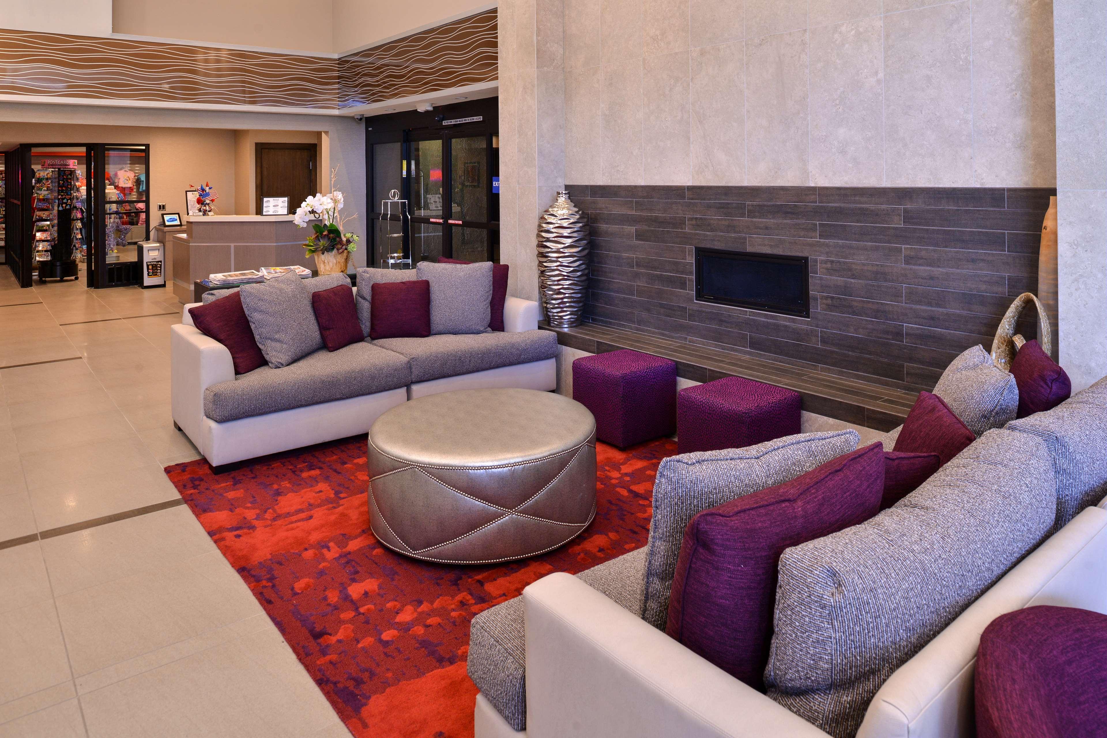 Best Western Plus Park Place Inn - Mini Suites image 3