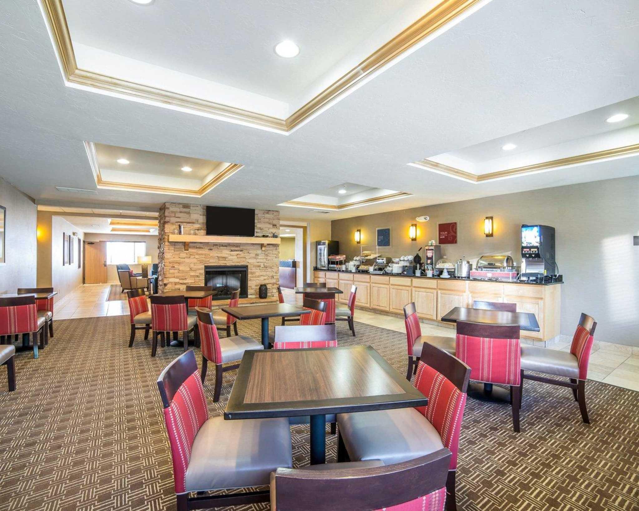 Comfort Inn Evansville-Casper image 36