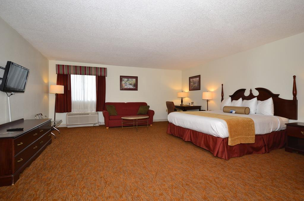 Best Western Plus Cypress Creek image 7