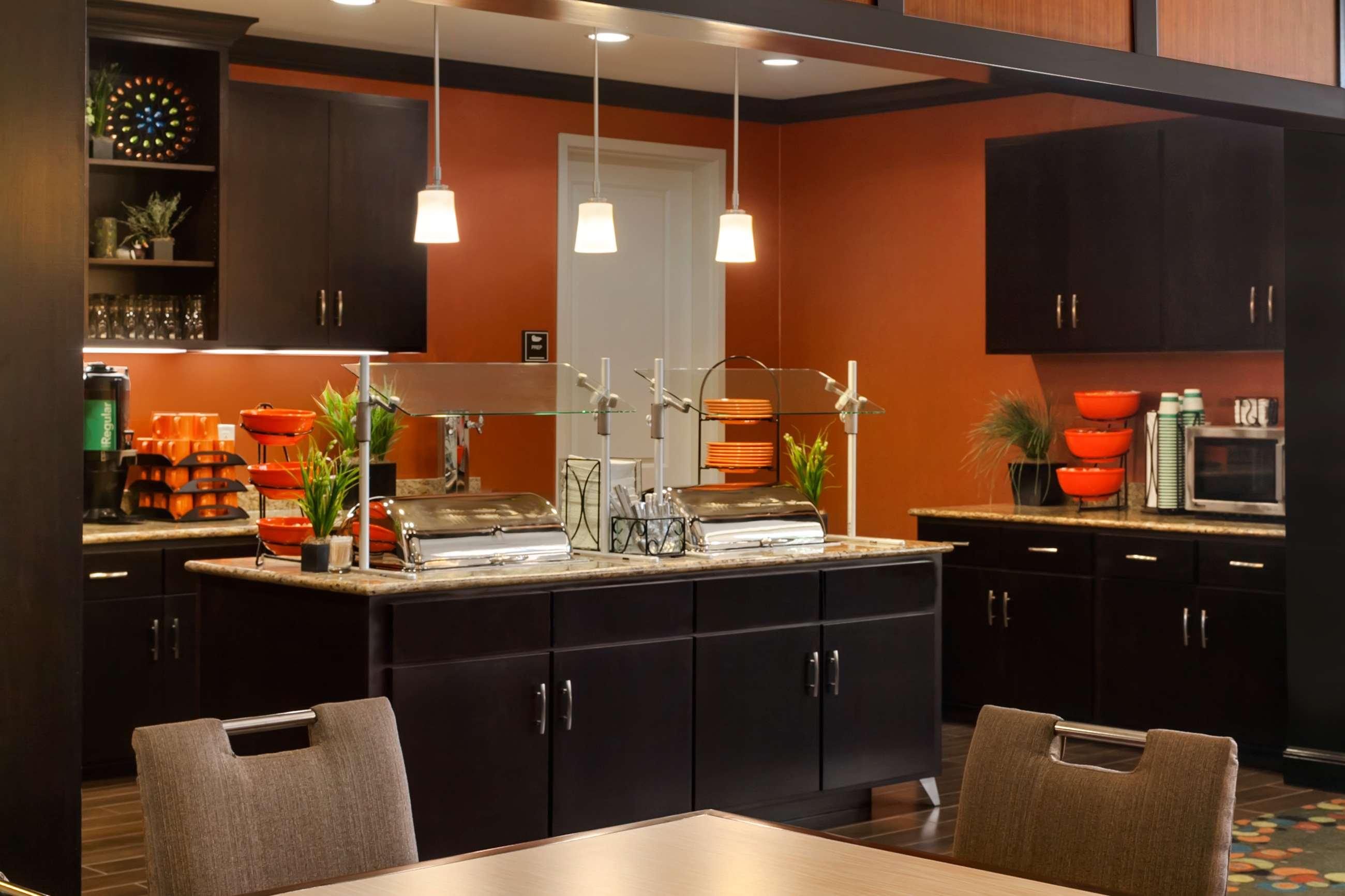 Homewood Suites by Hilton Joplin, MO image 4