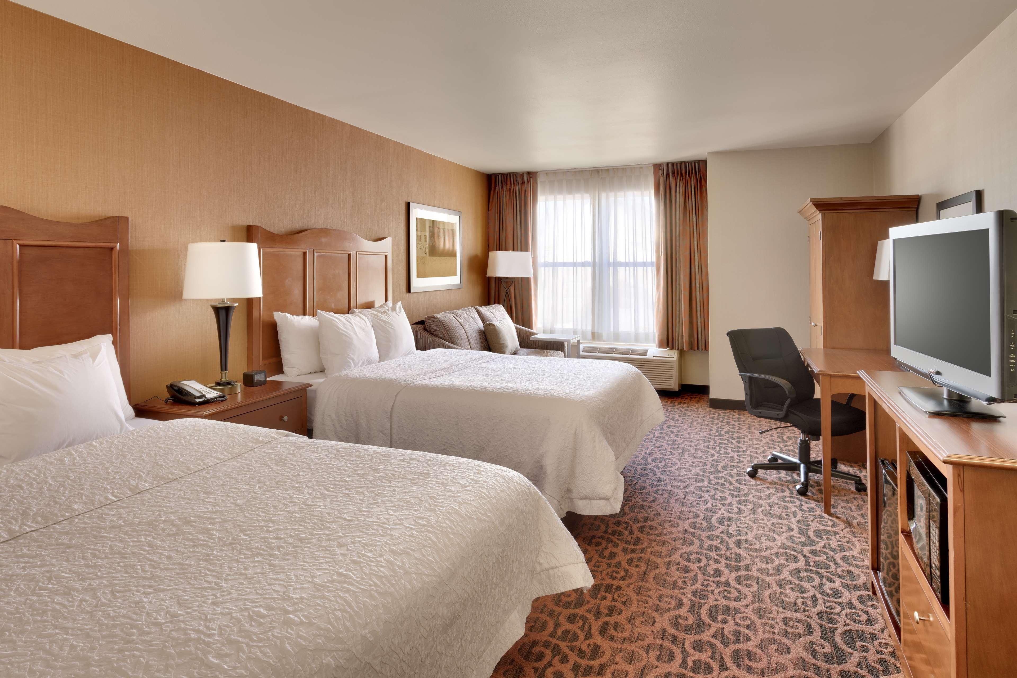 Hampton Inn & Suites Orem image 10