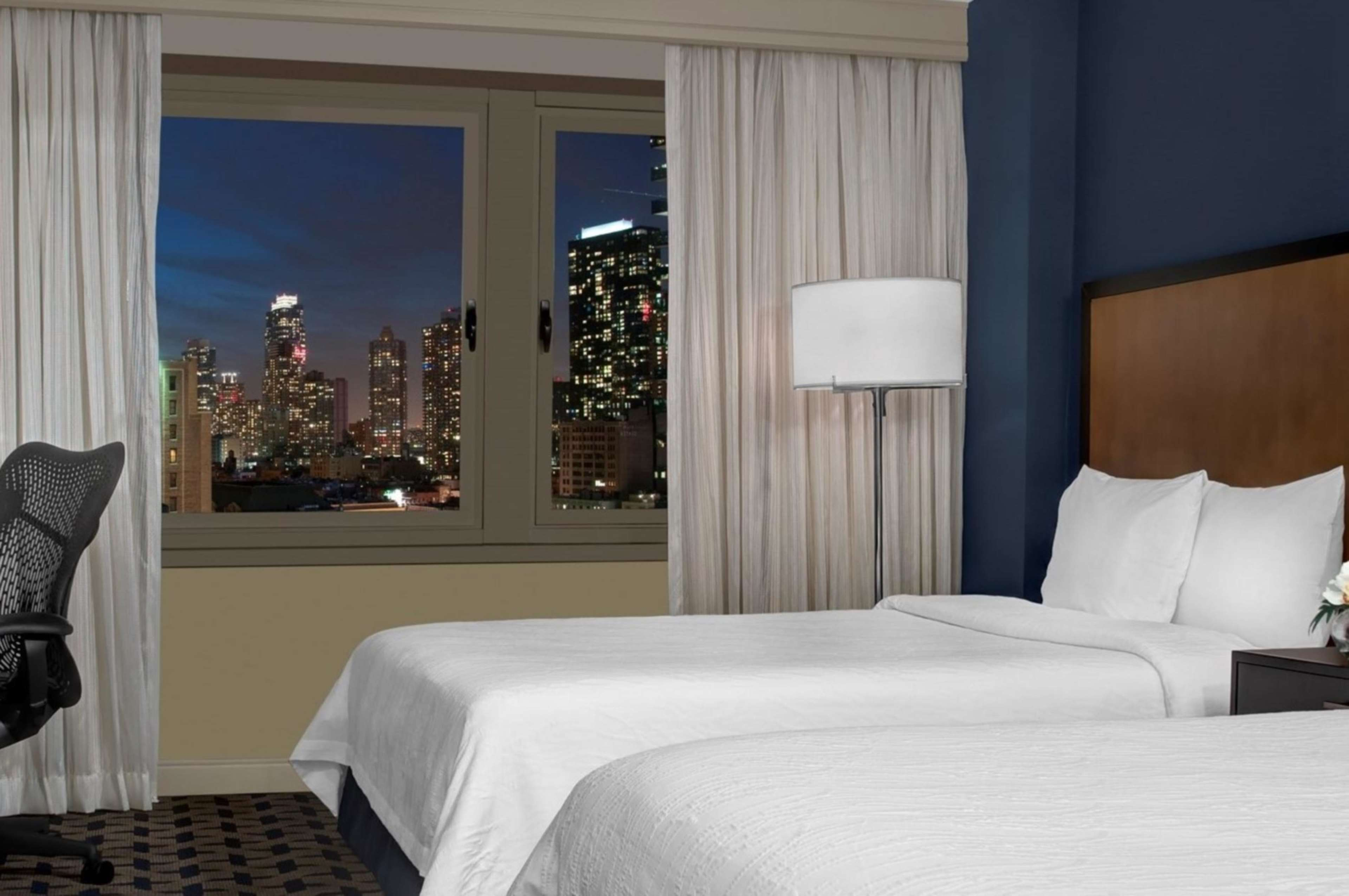Hilton Garden Inn Times Square image 0