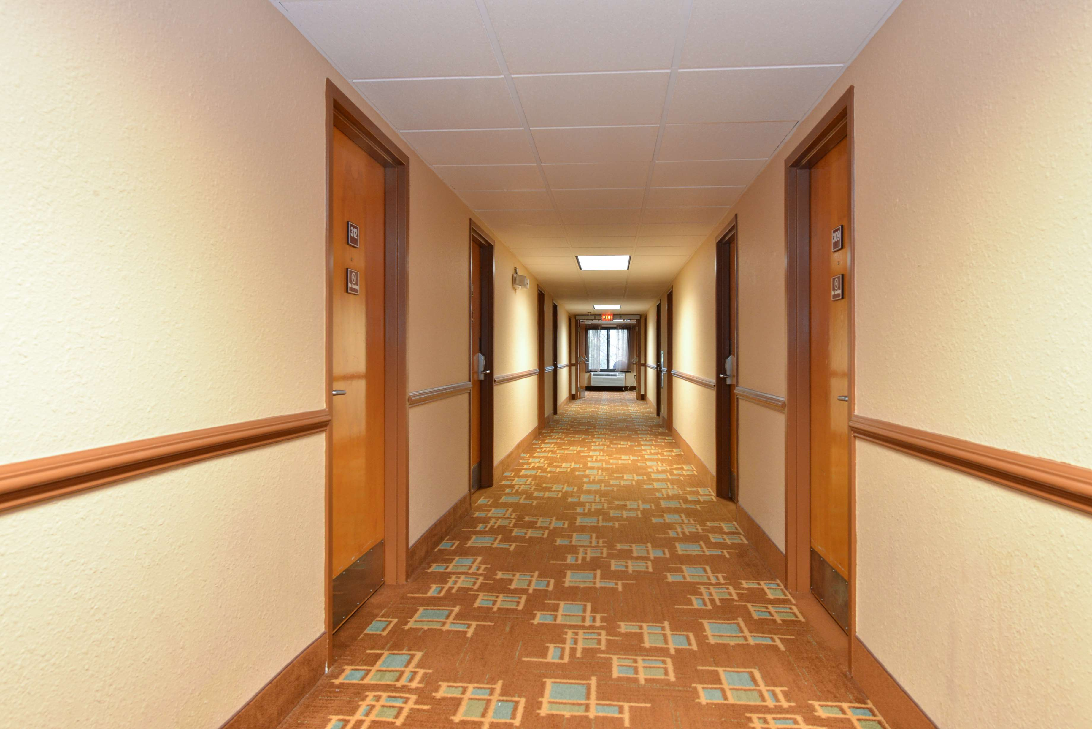 Best Western Executive Hotel image 15