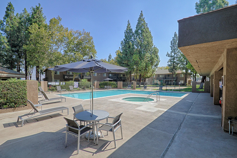 Creekside Village In San Bernardino Ca 909 888 7