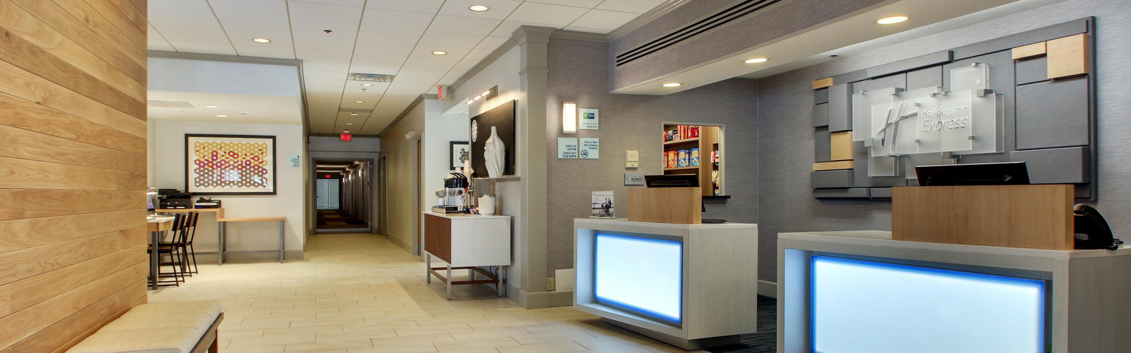 Holiday Inn Express Poughkeepsie image 0