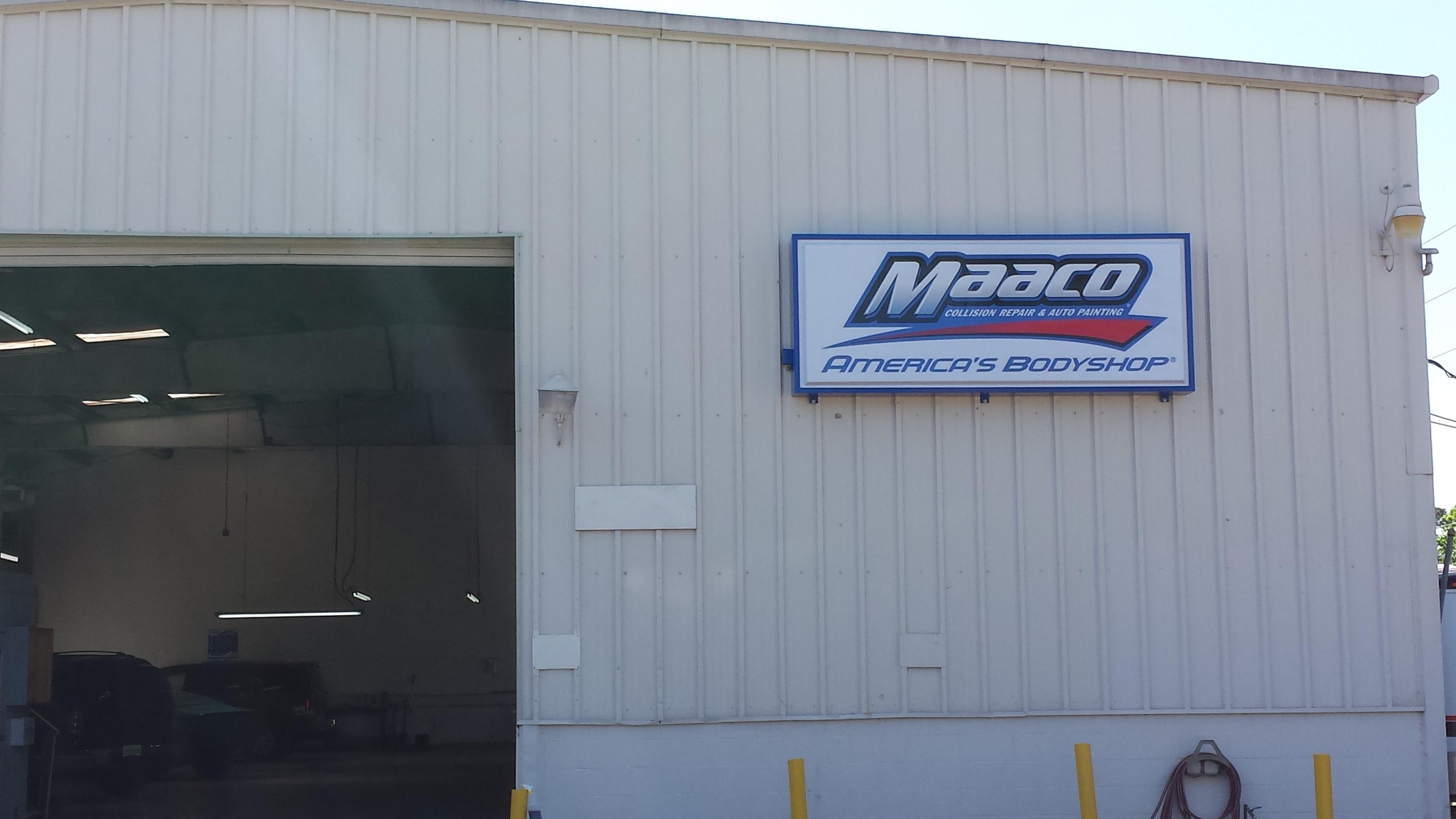Maaco Collision Repair & Auto Painting image 0