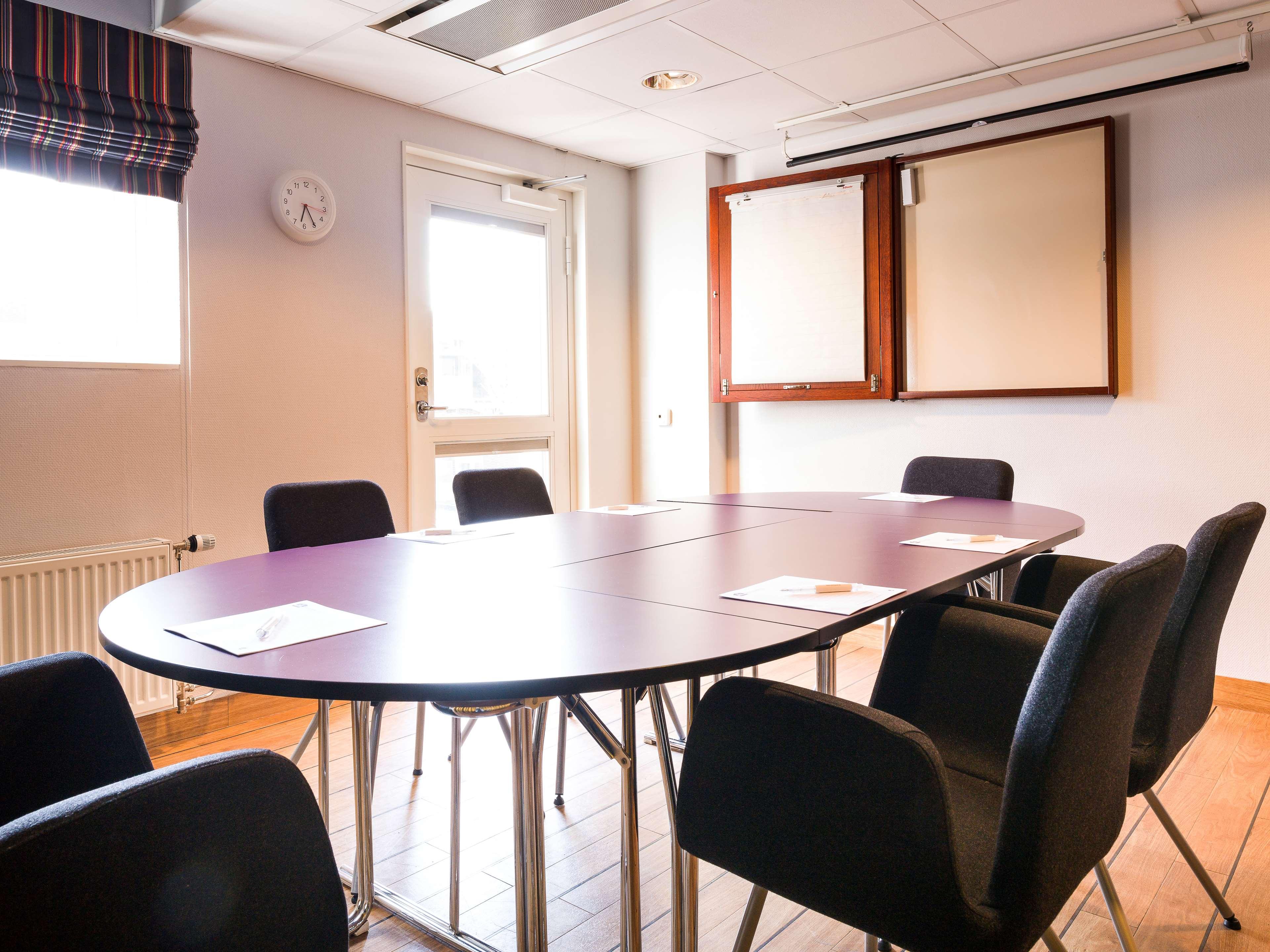 John's Meeting Room