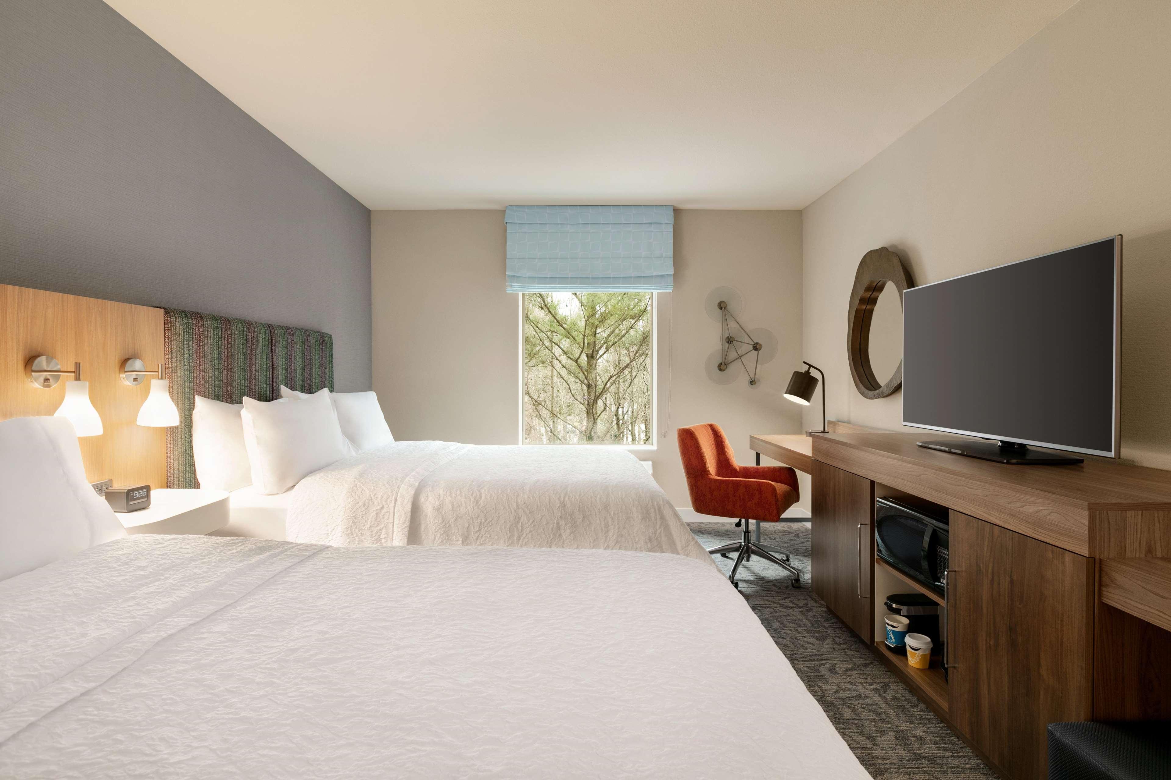 Hampton Inn and Suites Johns Creek image 14