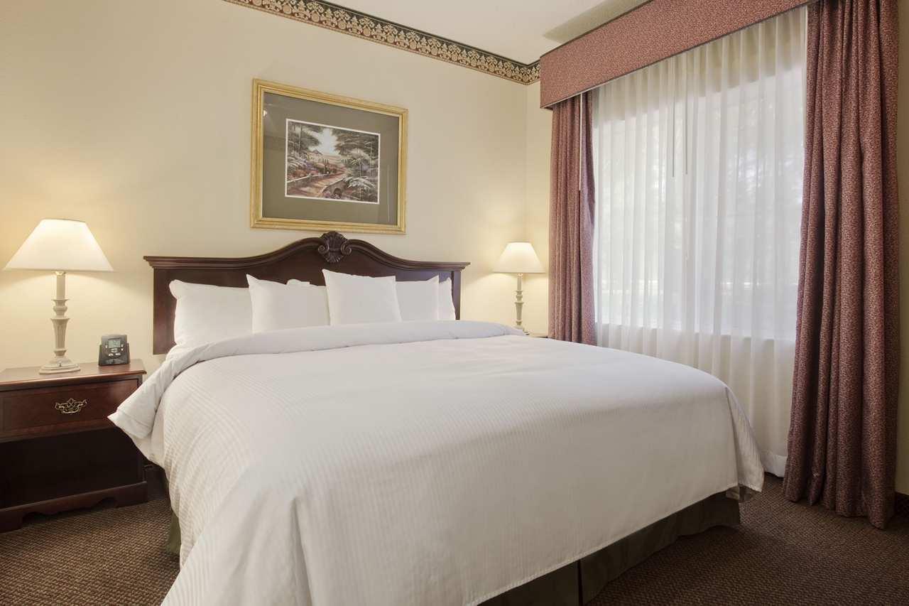 Homewood Suites by Hilton Charleston - Mt. Pleasant image 10