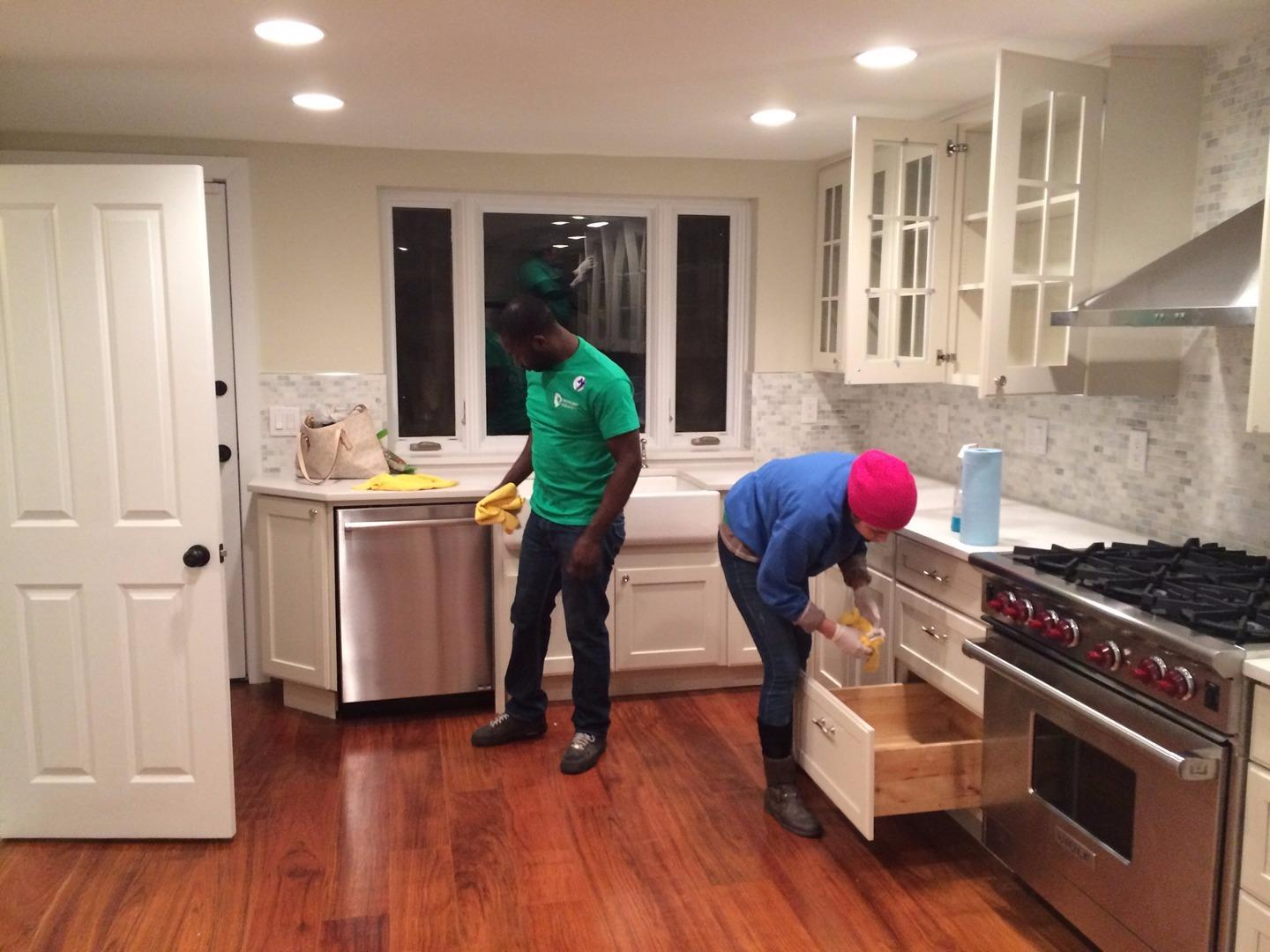 Greenlion Cleaning & Maintenance Inc image 11