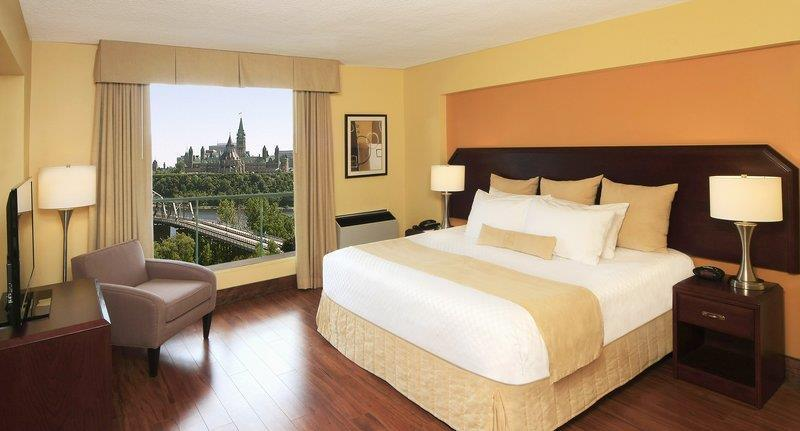 Best Western Plus Gatineau-Ottawa à Gatineau: King Executive Suite River View