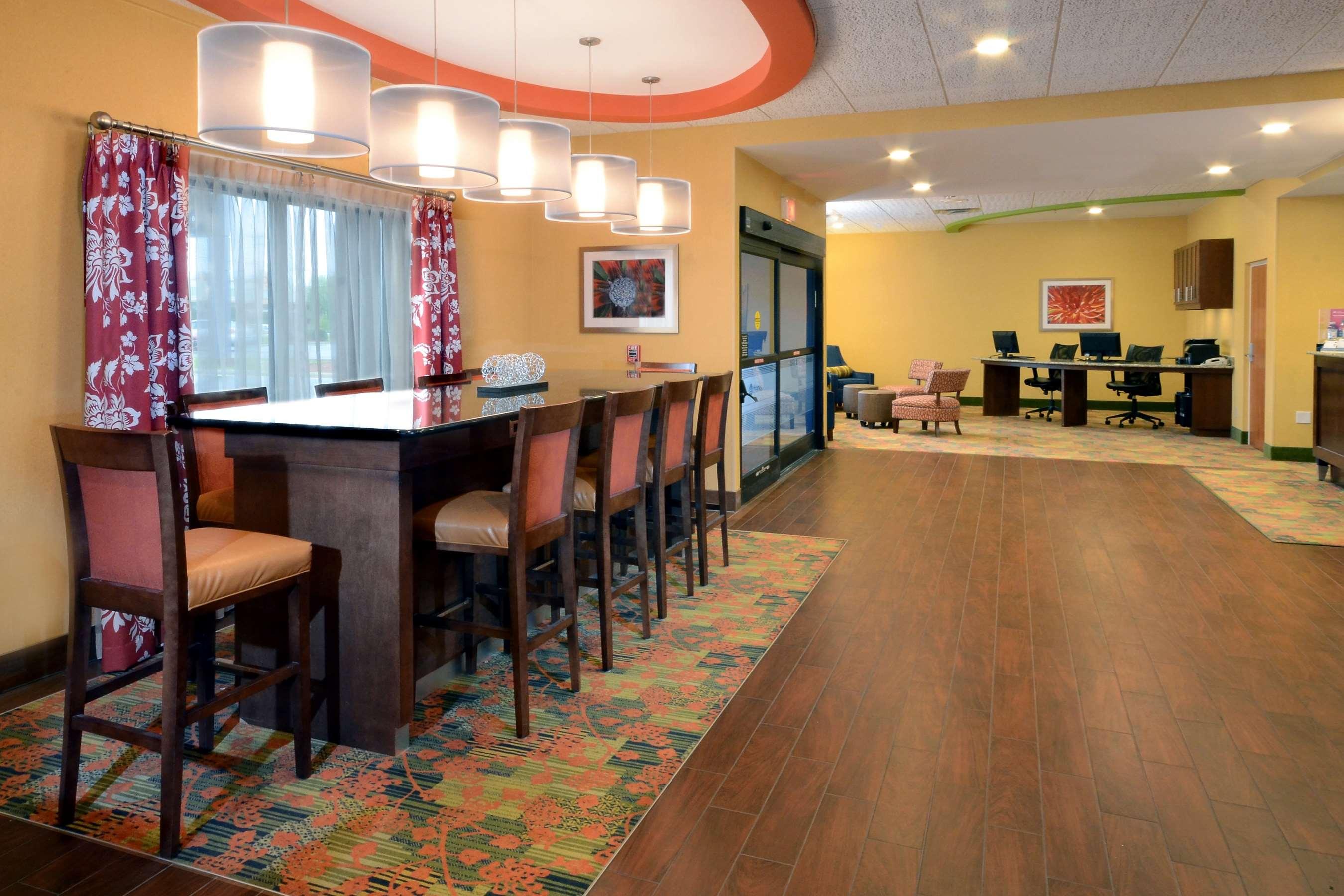 Hampton Inn Fayetteville Fort Bragg image 36