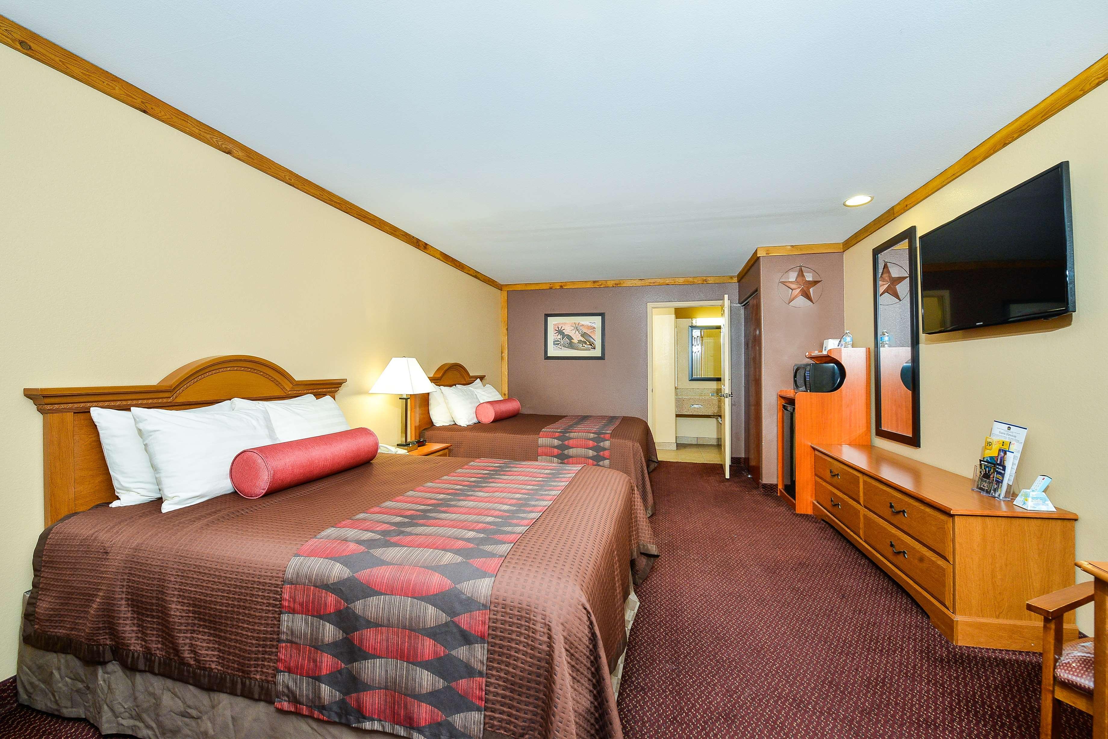 Best Western Windwood Inn & Suites image 30