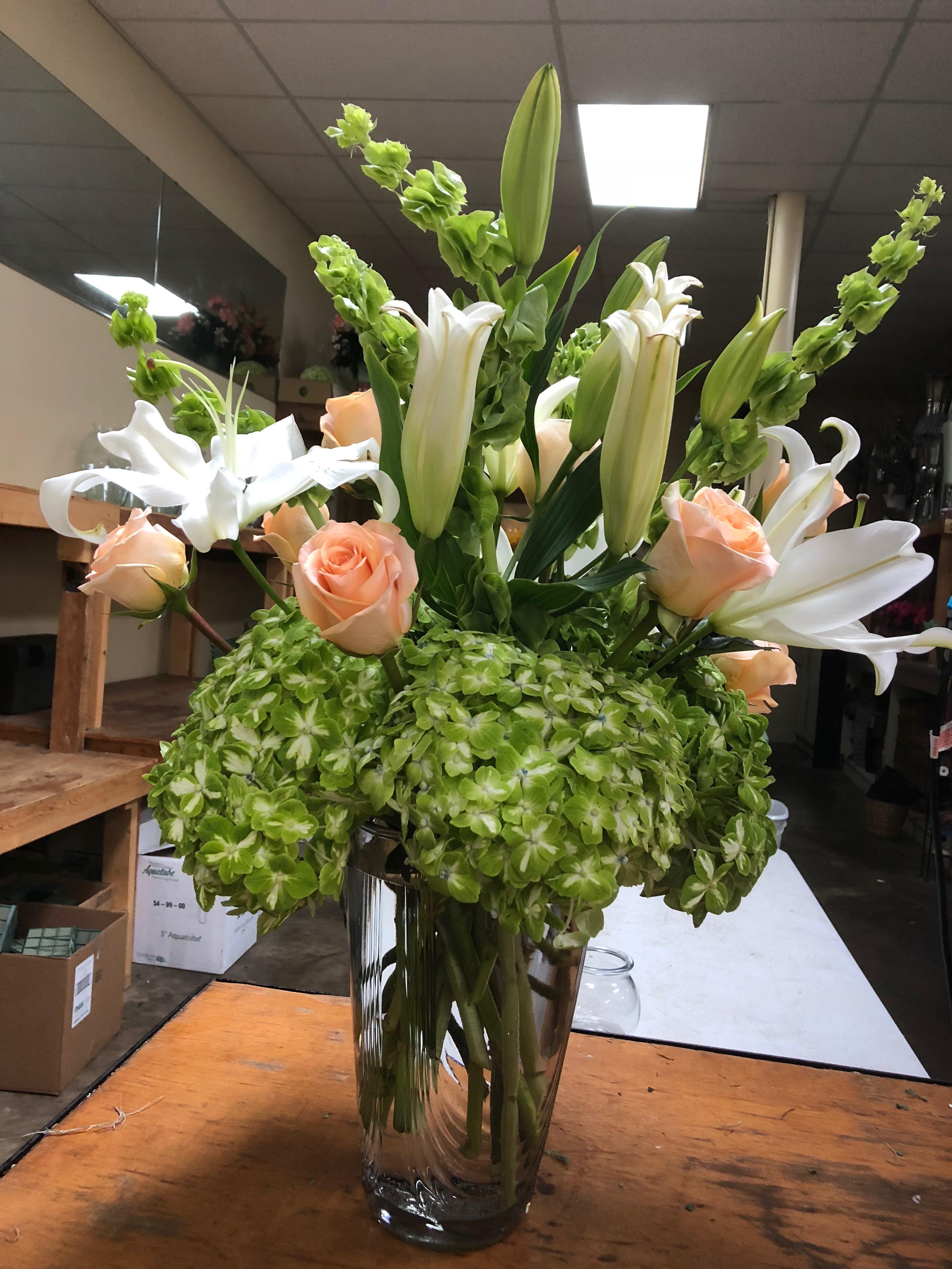 Pat's Florist And Gourmet Baskets Inc image 5