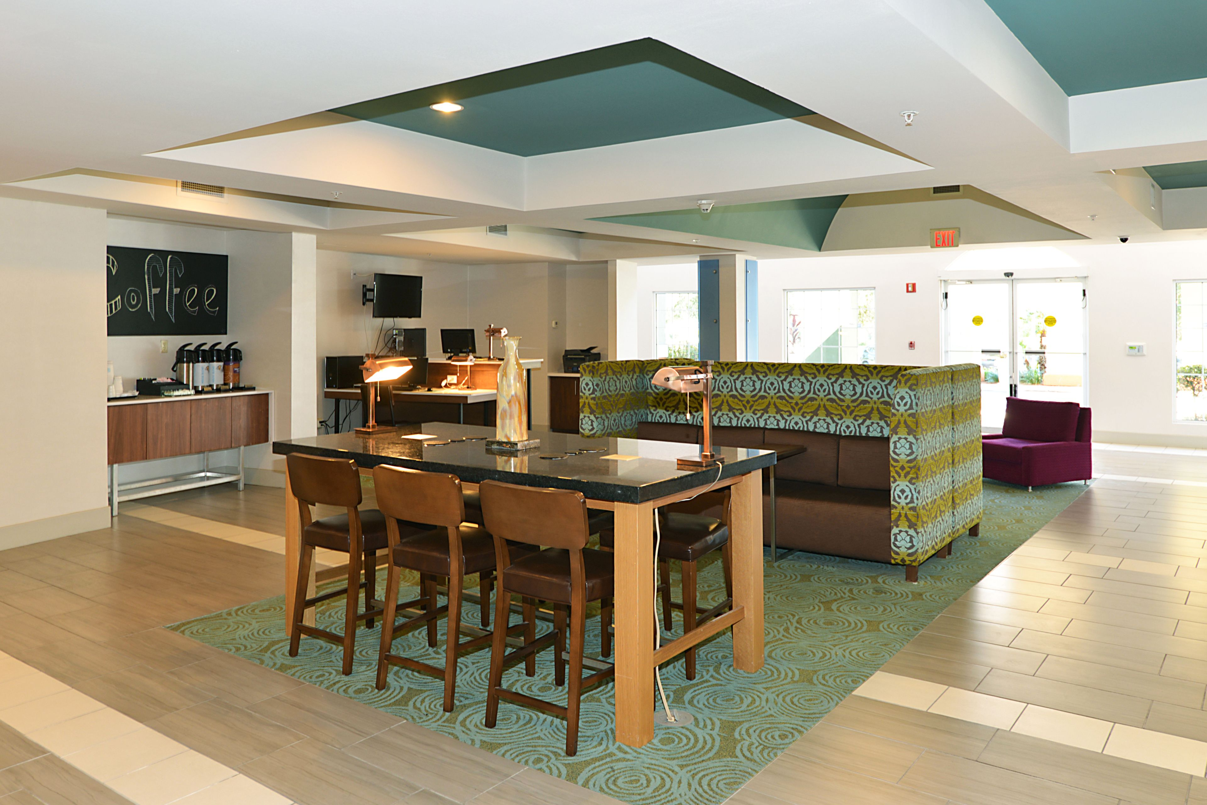 Holiday Inn Express The Villages image 3