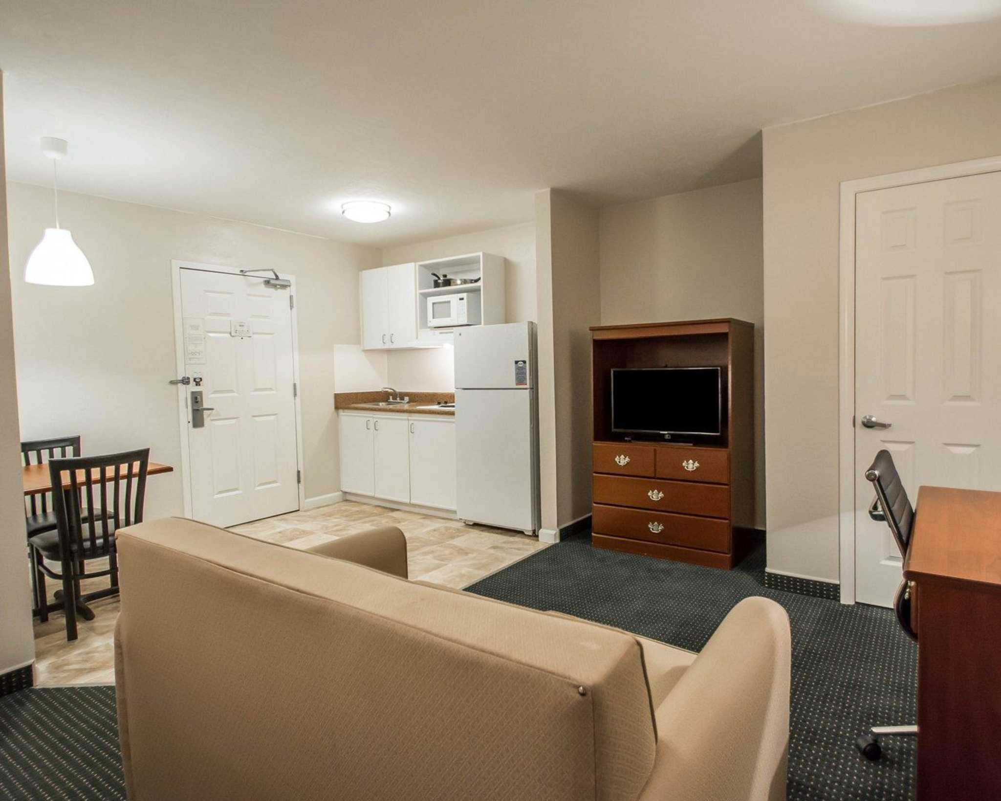 Suburban Extended Stay Hotel image 26