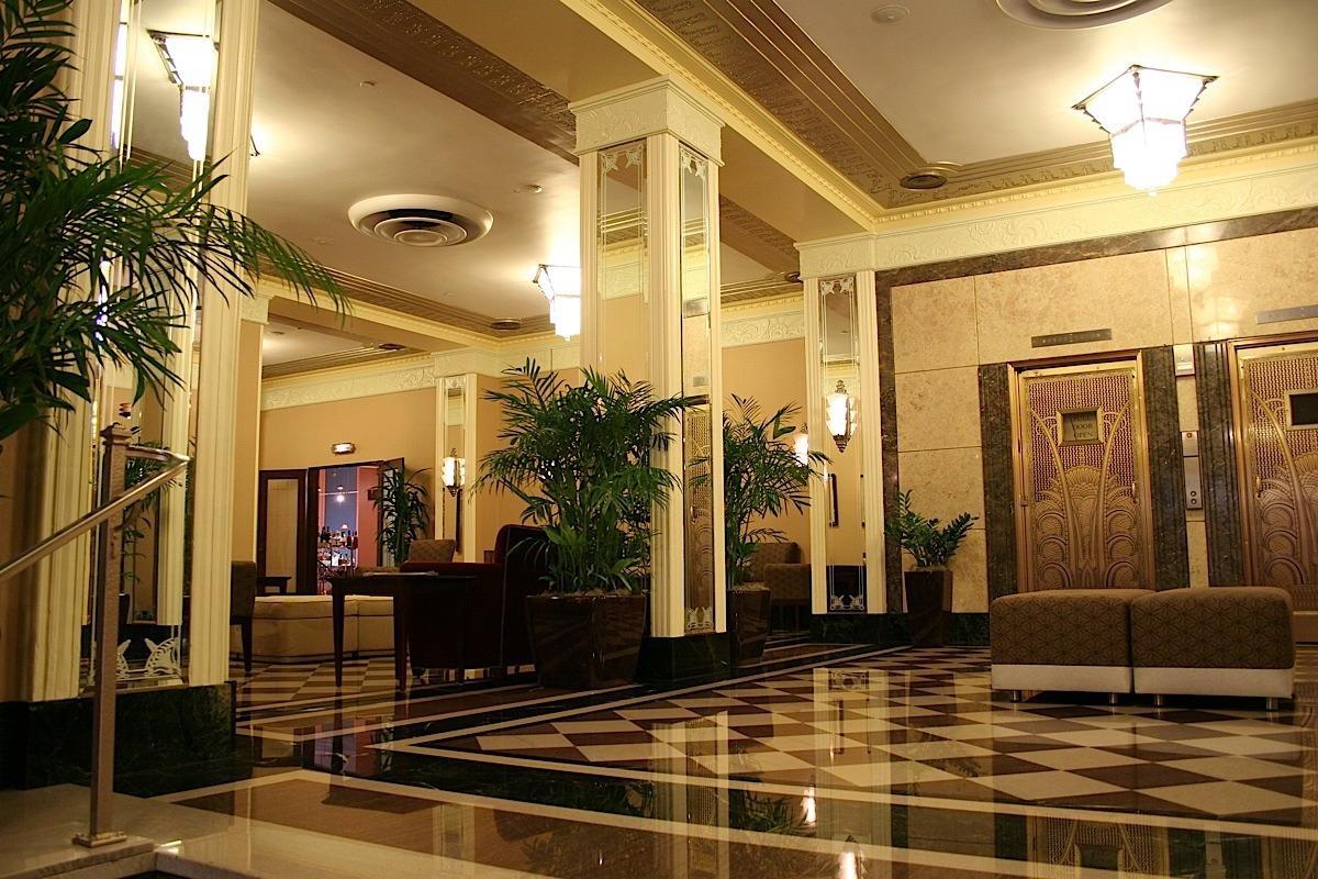 Ambassador Hotel Milwuakee image 0