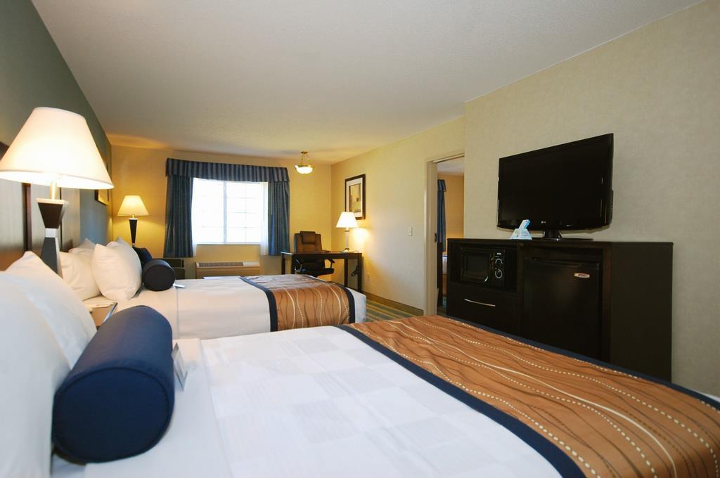 Best Western Plus Berkshire Hills Inn & Suites image 33