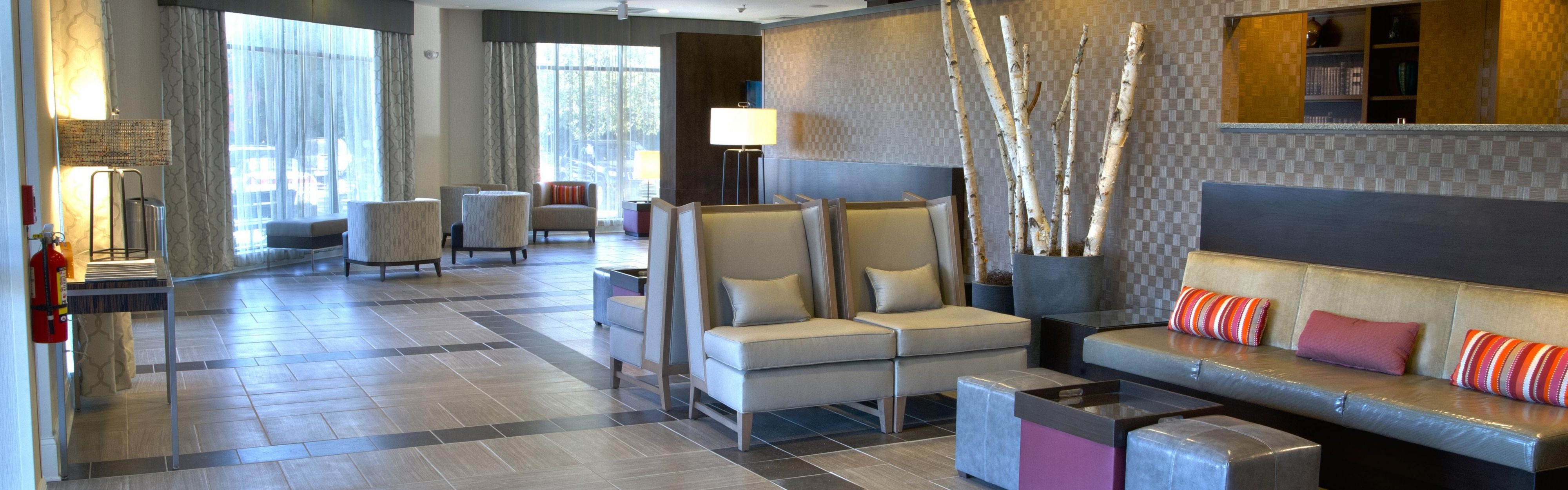 Holiday Inn Charlotte-Airport Conf Ctr image 0