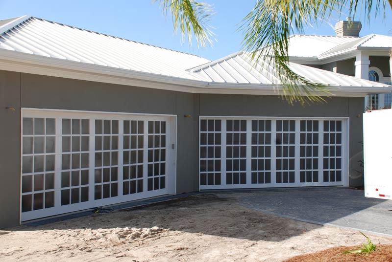 Roadrunner garage doors in houston tx citysearch for Garage doors of houston
