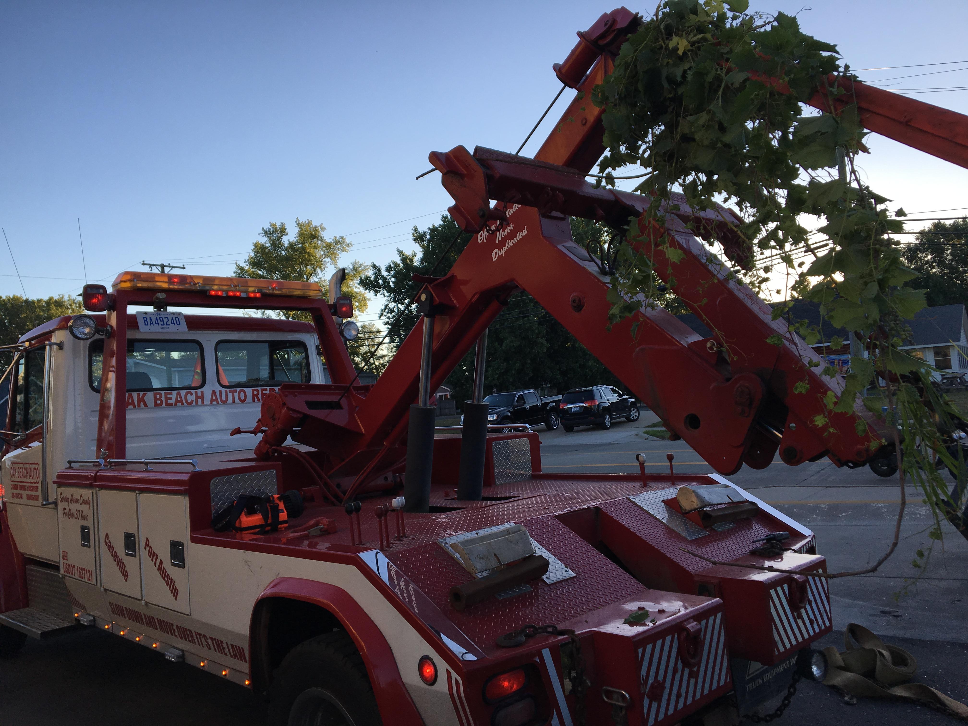 Oak Beach Auto Repair & Towing image 2
