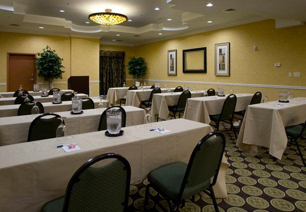 Fairfield Inn & Suites by Marriott Jacksonville Butler Boulevard image 8