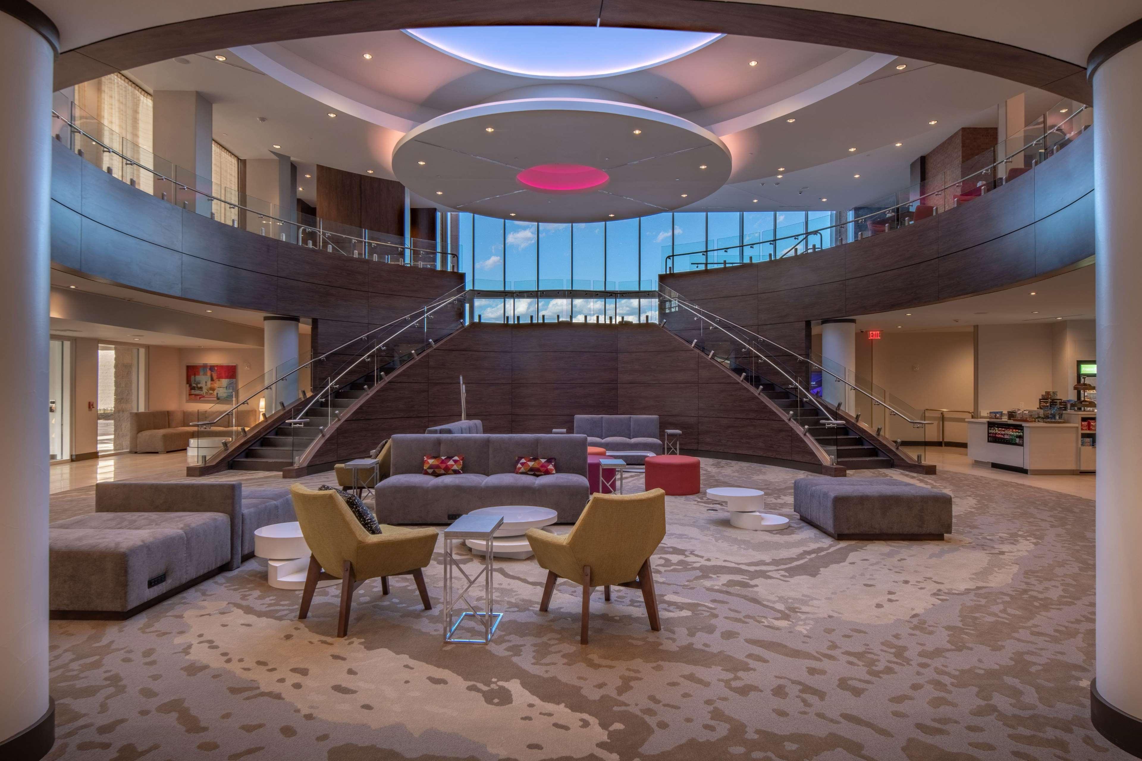 Hilton Garden Inn Dallas at Hurst Conference Center image 10