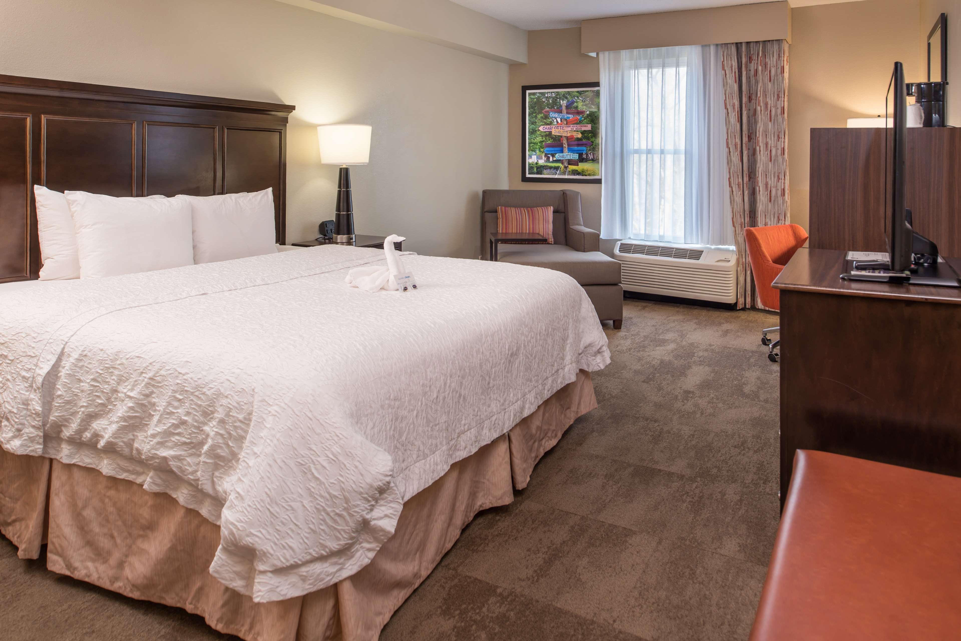 Hampton Inn & Suites Charlotte-Arrowood Rd. image 24