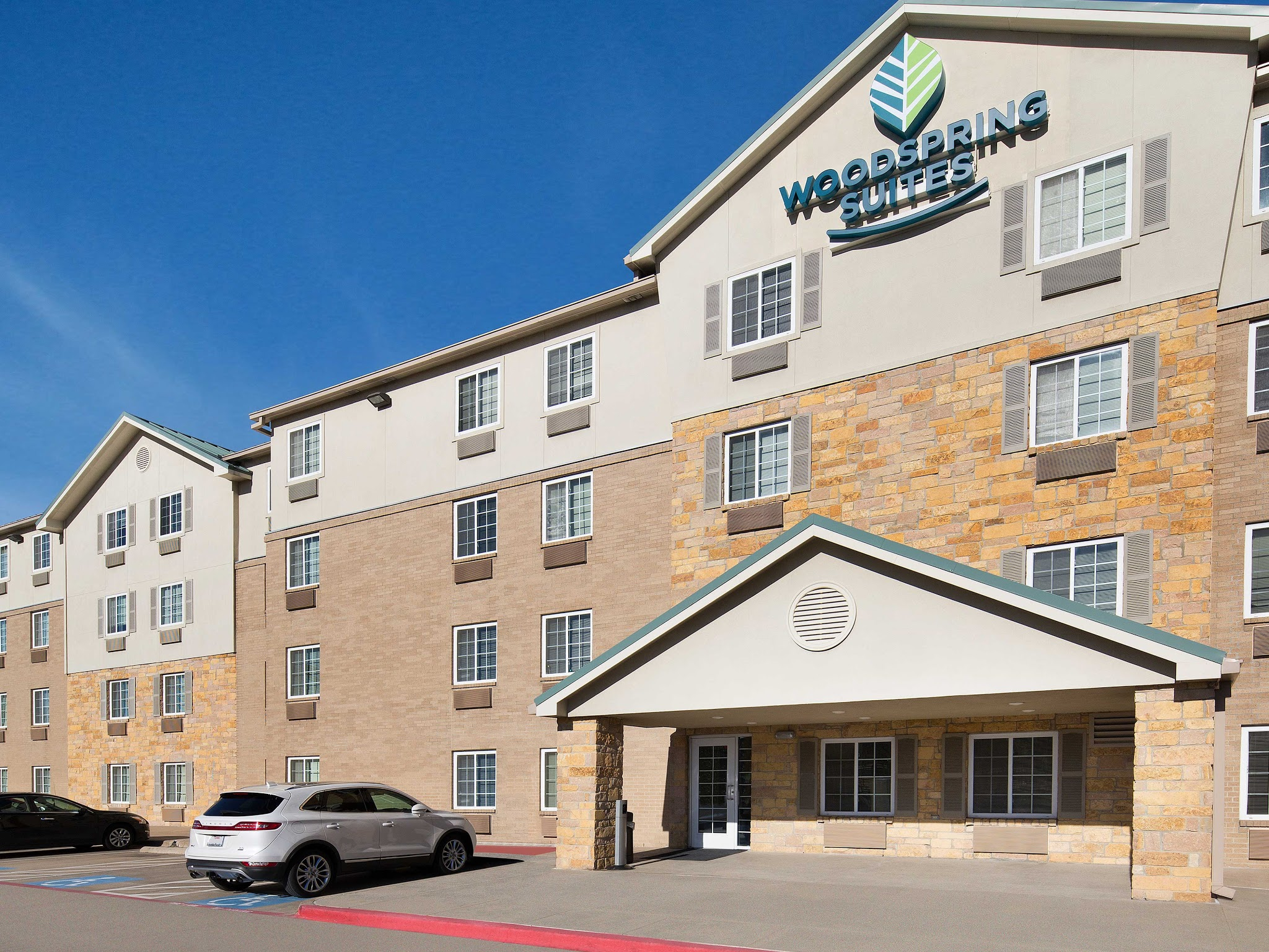 WoodSpring Suites Dallas Rockwall image 3