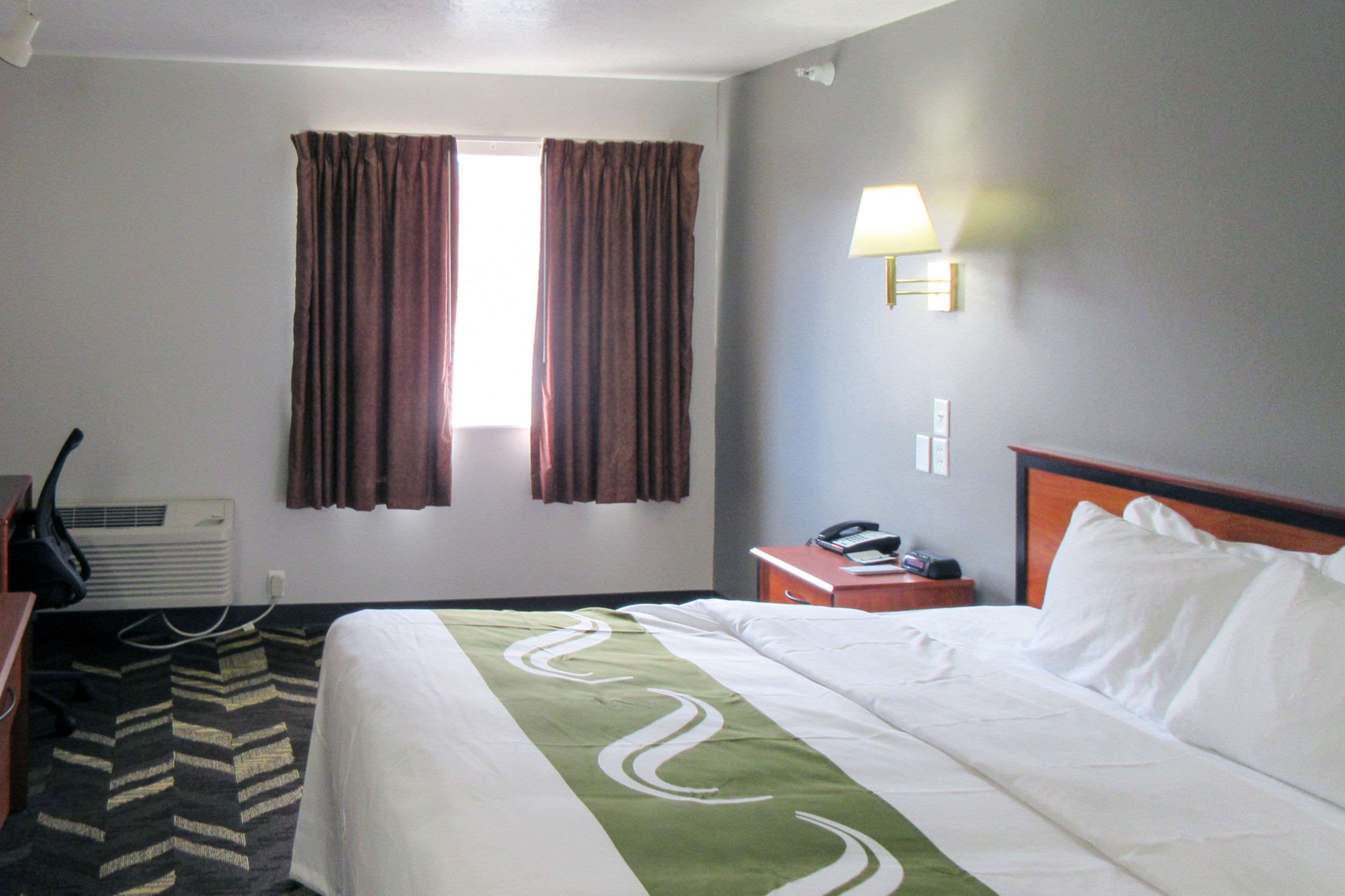 Quality Inn & Suites Salina National Forest Area