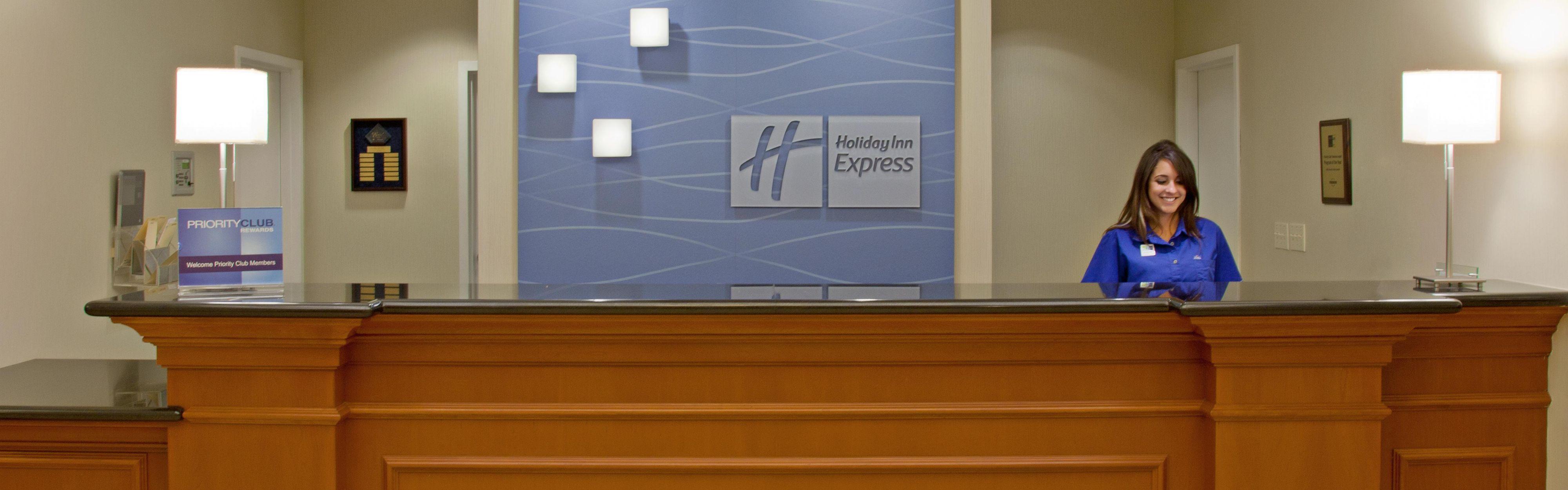 Holiday Inn Express & Suites Santa Clarita image 0