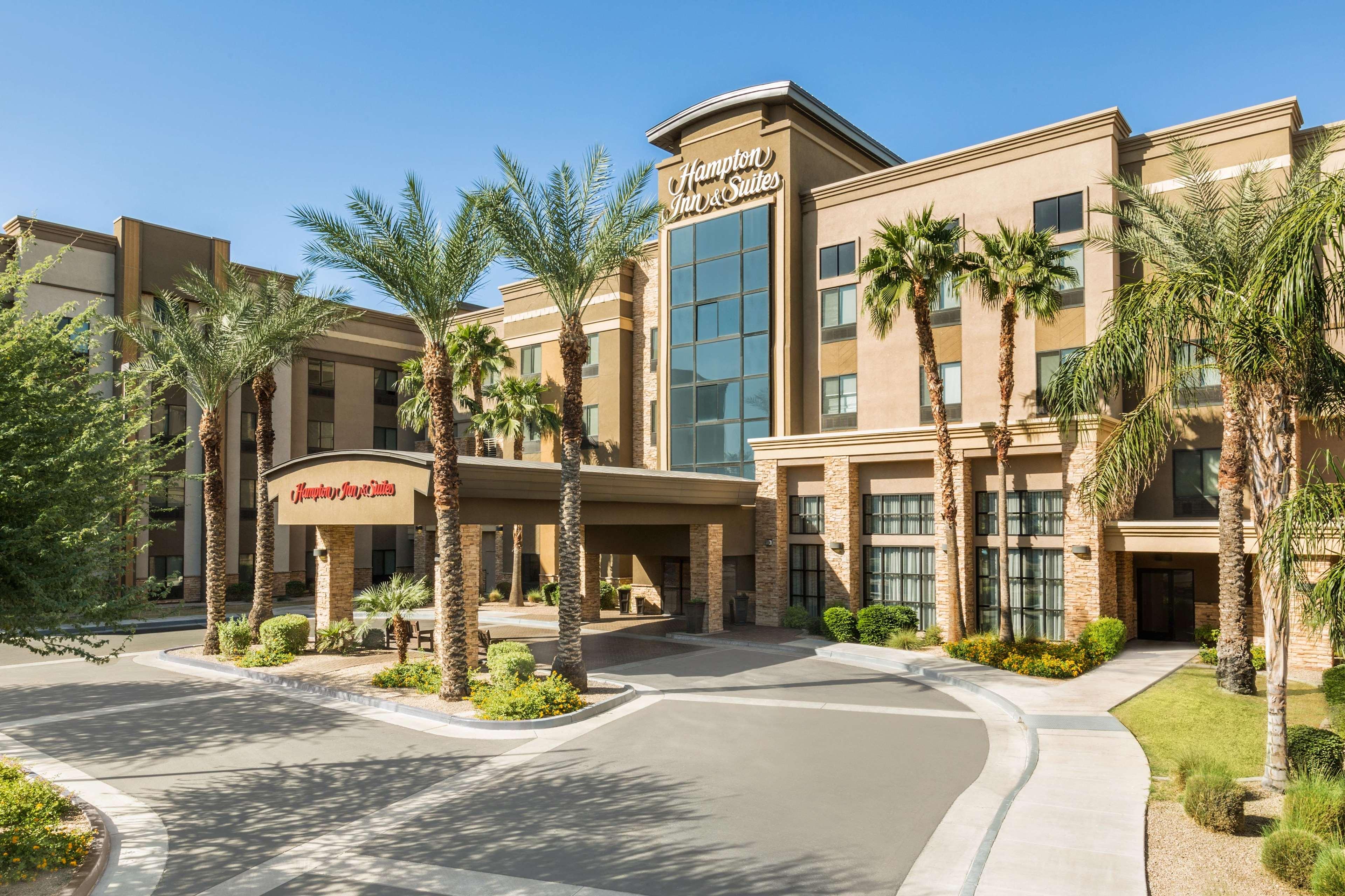 Hampton Inn & Suites Phoenix Glendale-Westgate image 32