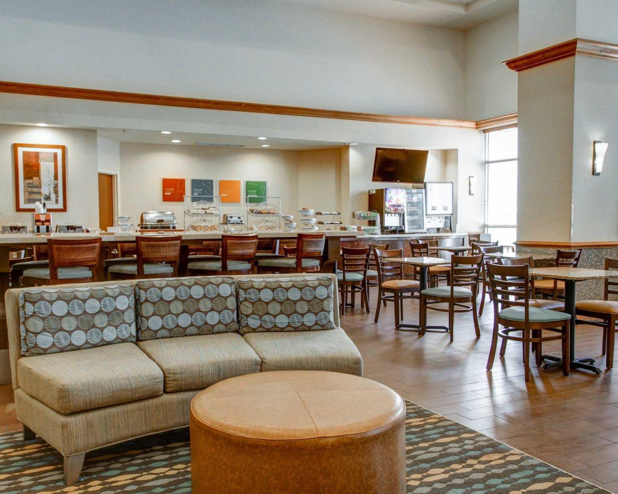 Comfort Suites Weston - Sawgrass Mills South image 17