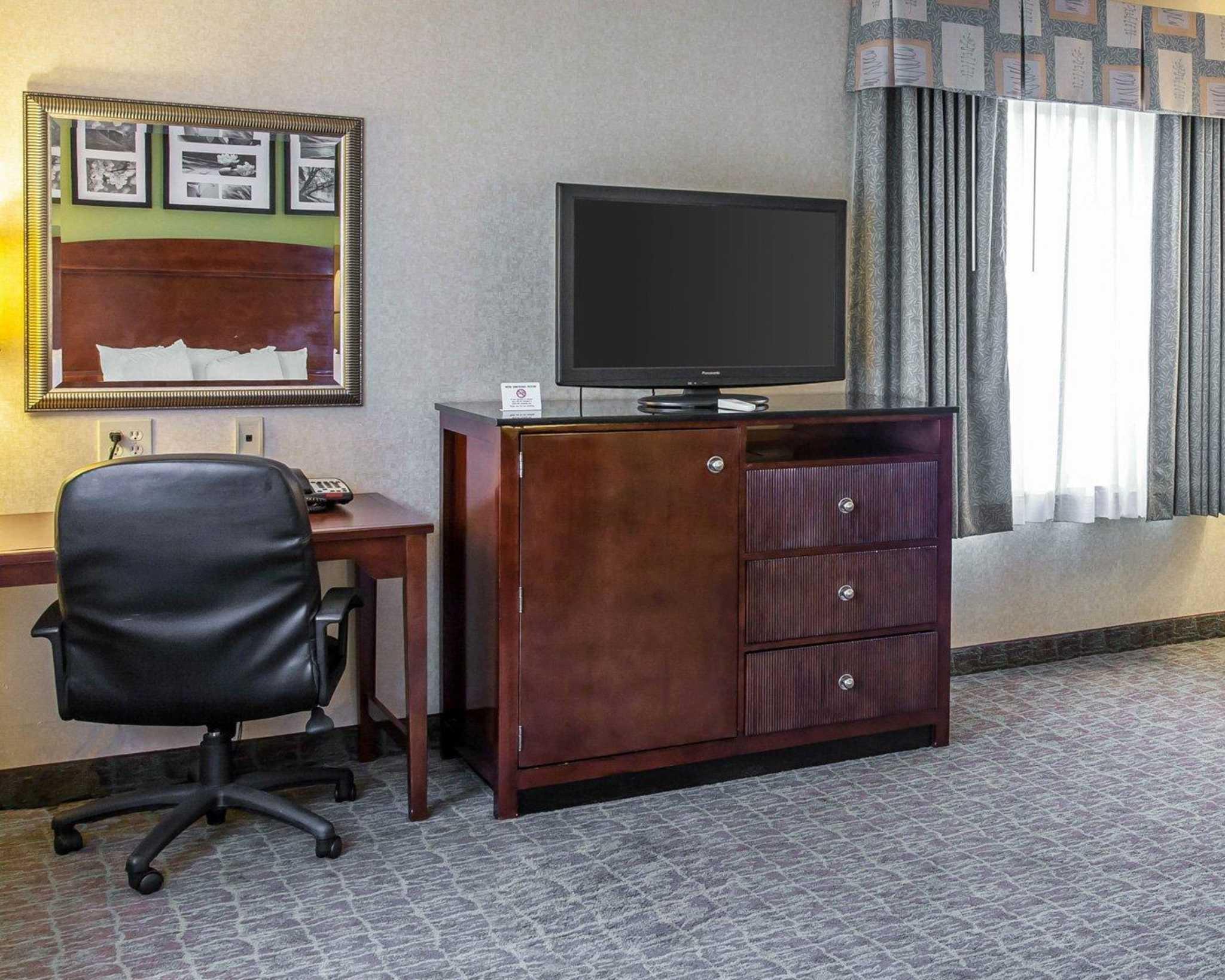 Sleep Inn & Suites Upper Marlboro near Andrews AFB image 10