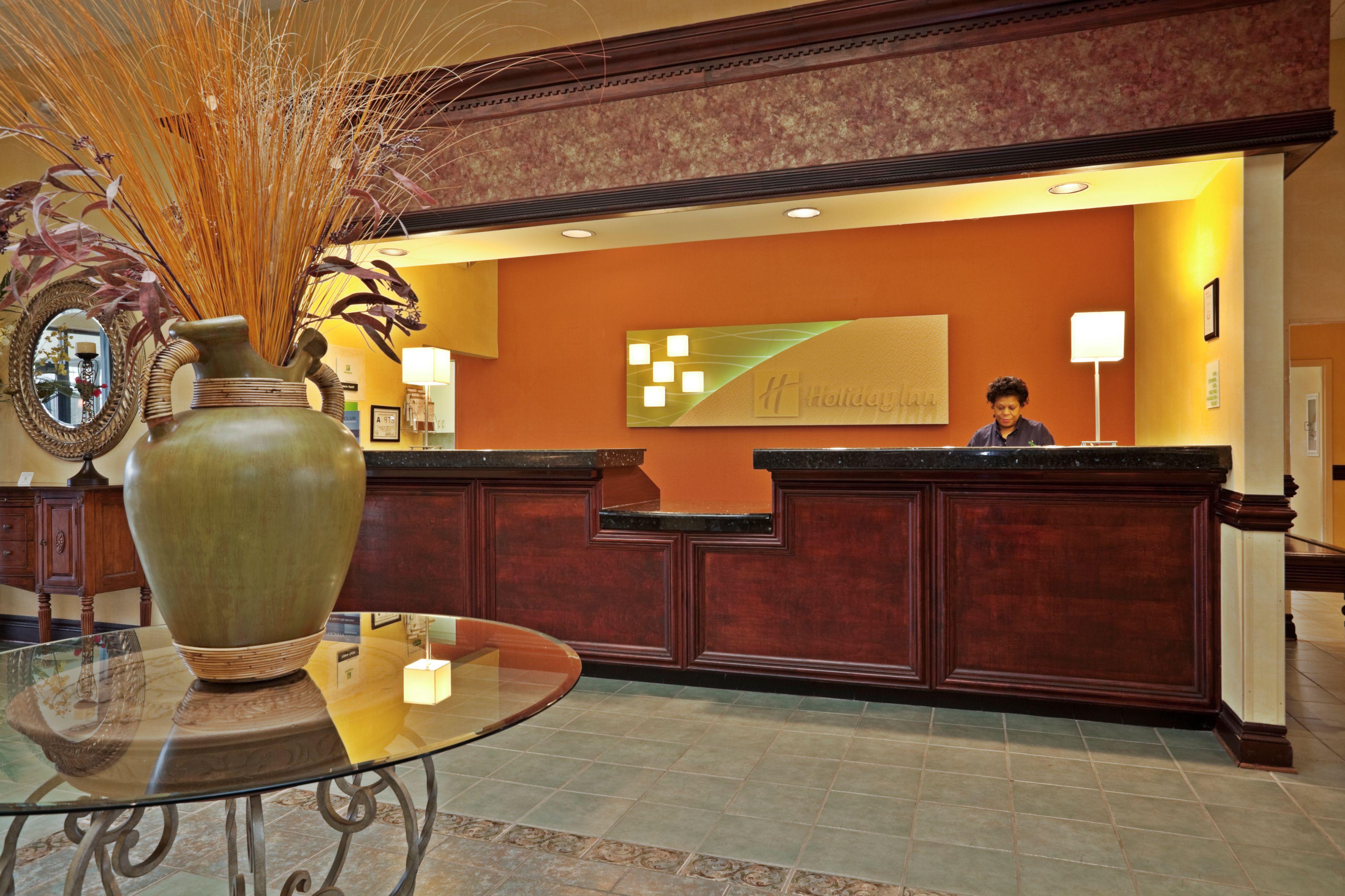 Holiday Inn Lumberton North - I-95 image 3