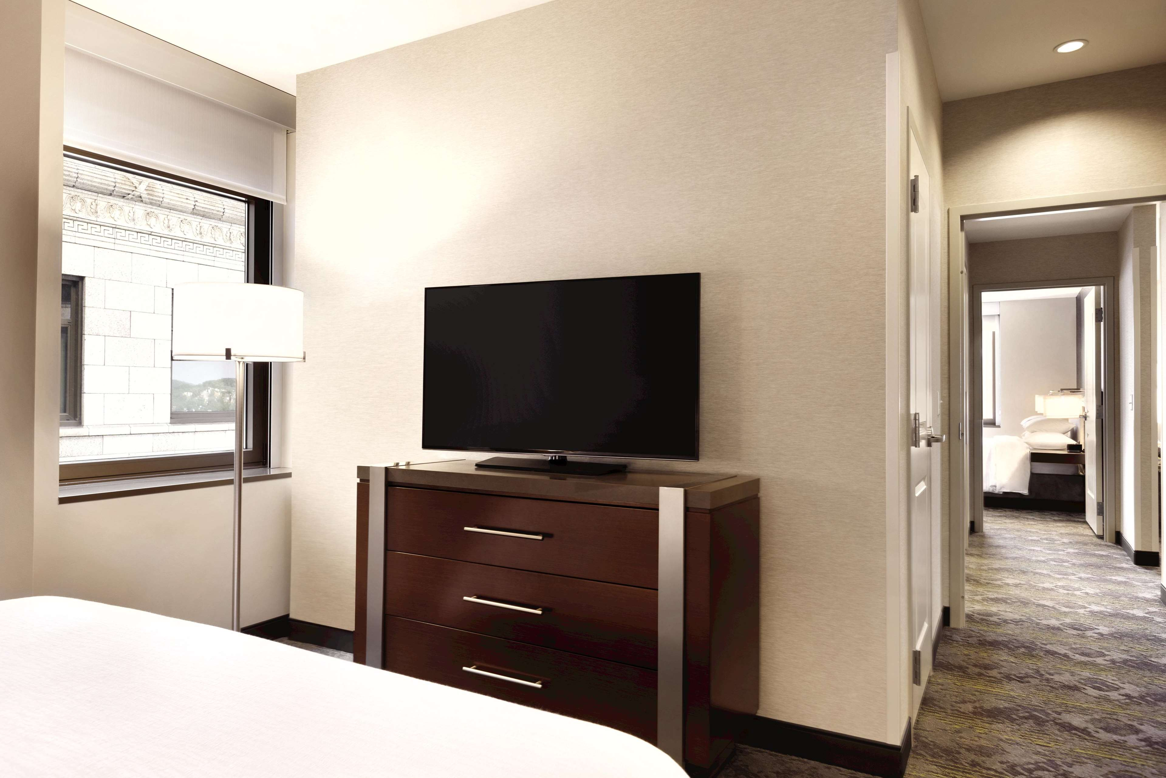 Embassy Suites by Hilton Pittsburgh Downtown image 37