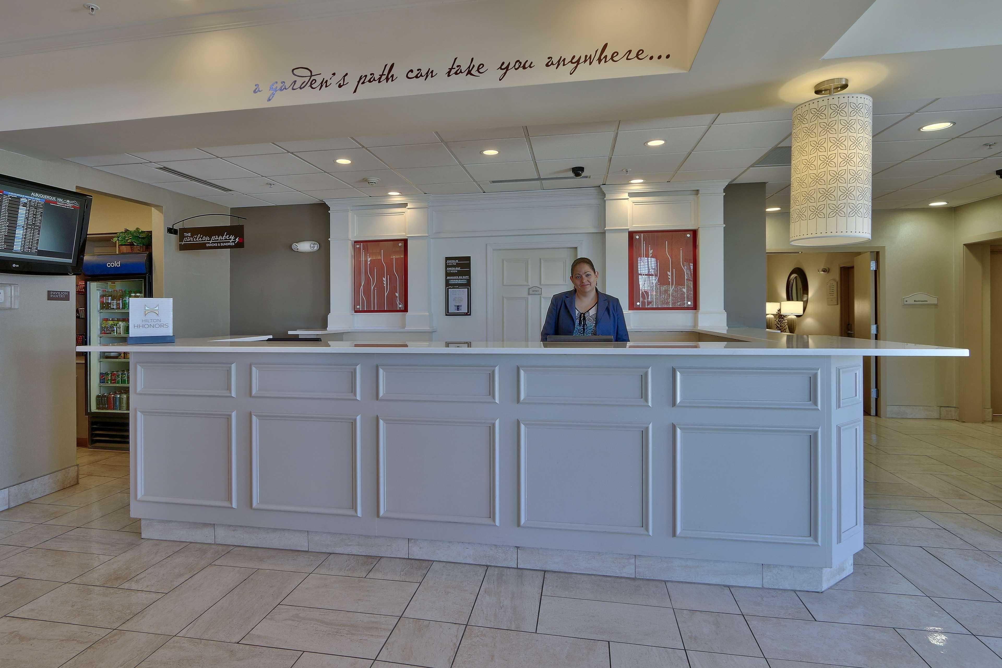Hilton Garden Inn Albuquerque/Journal Center image 4