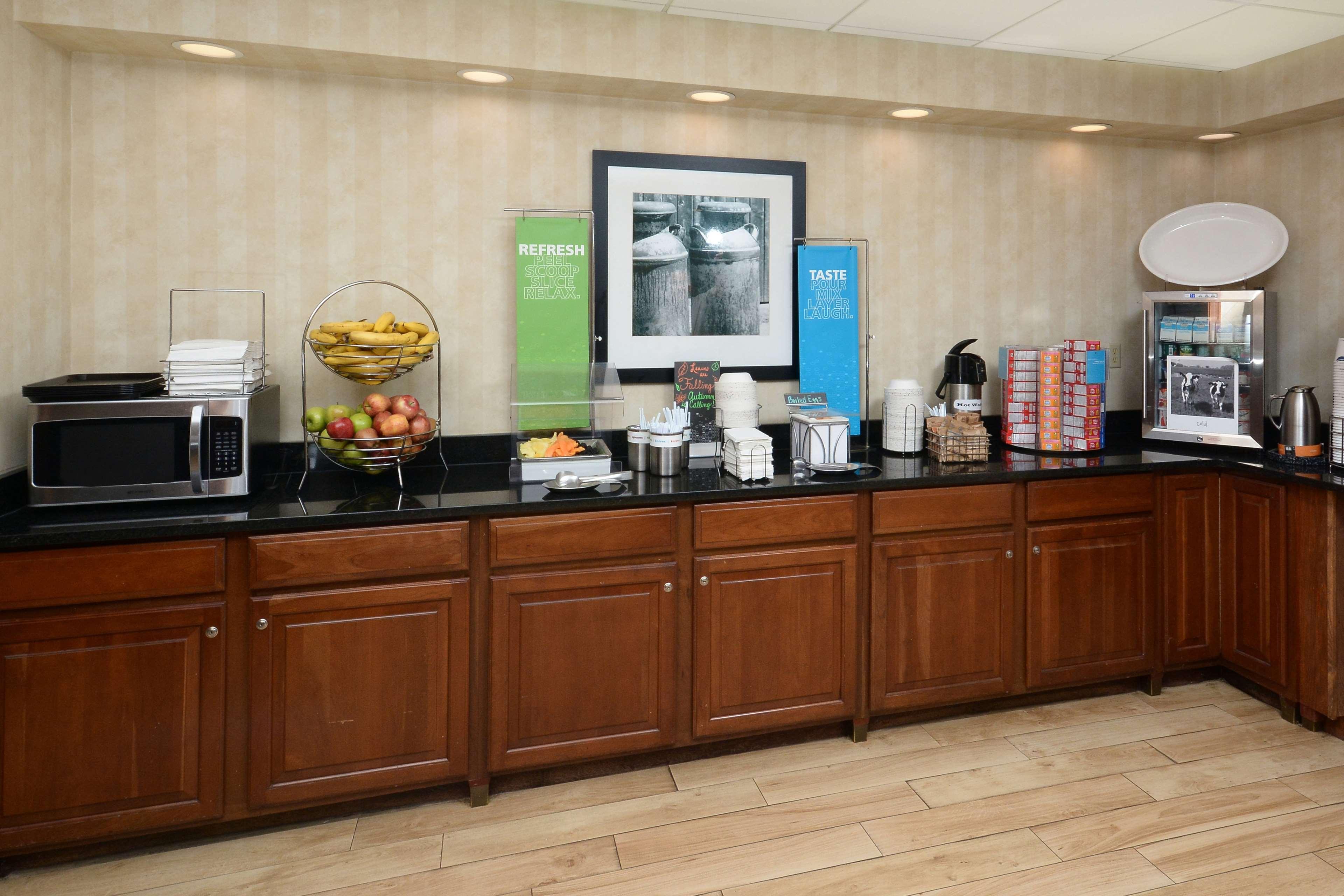 Hampton Inn & Suites Greenville/Spartanburg I-85 image 16