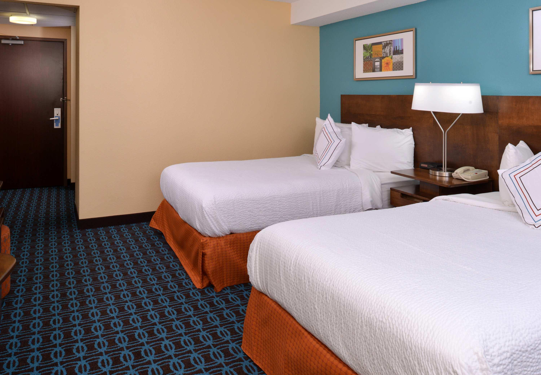 Fairfield Inn & Suites by Marriott Dayton Troy image 2