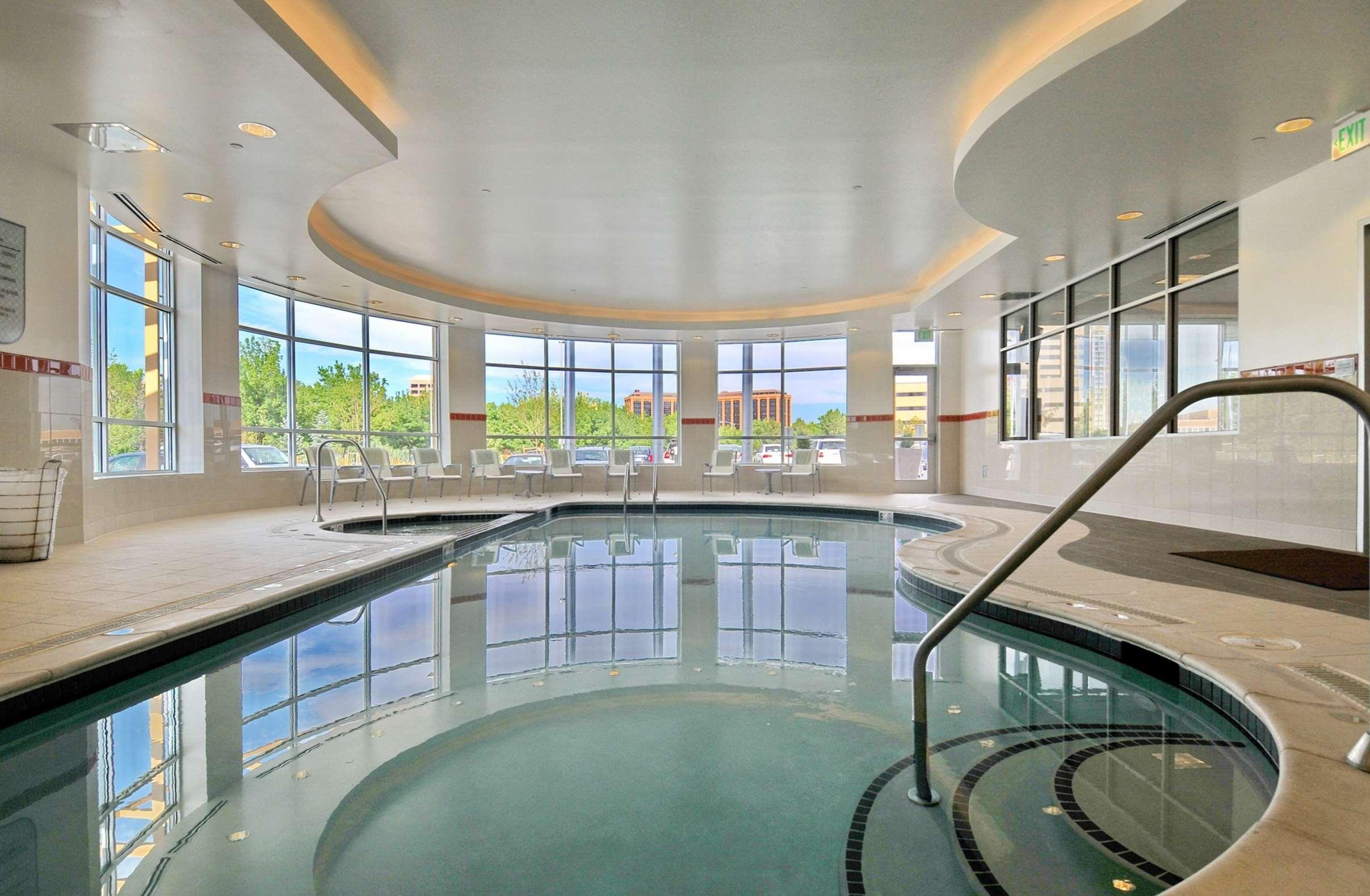 Hilton Garden Inn Denver/Cherry Creek image 4
