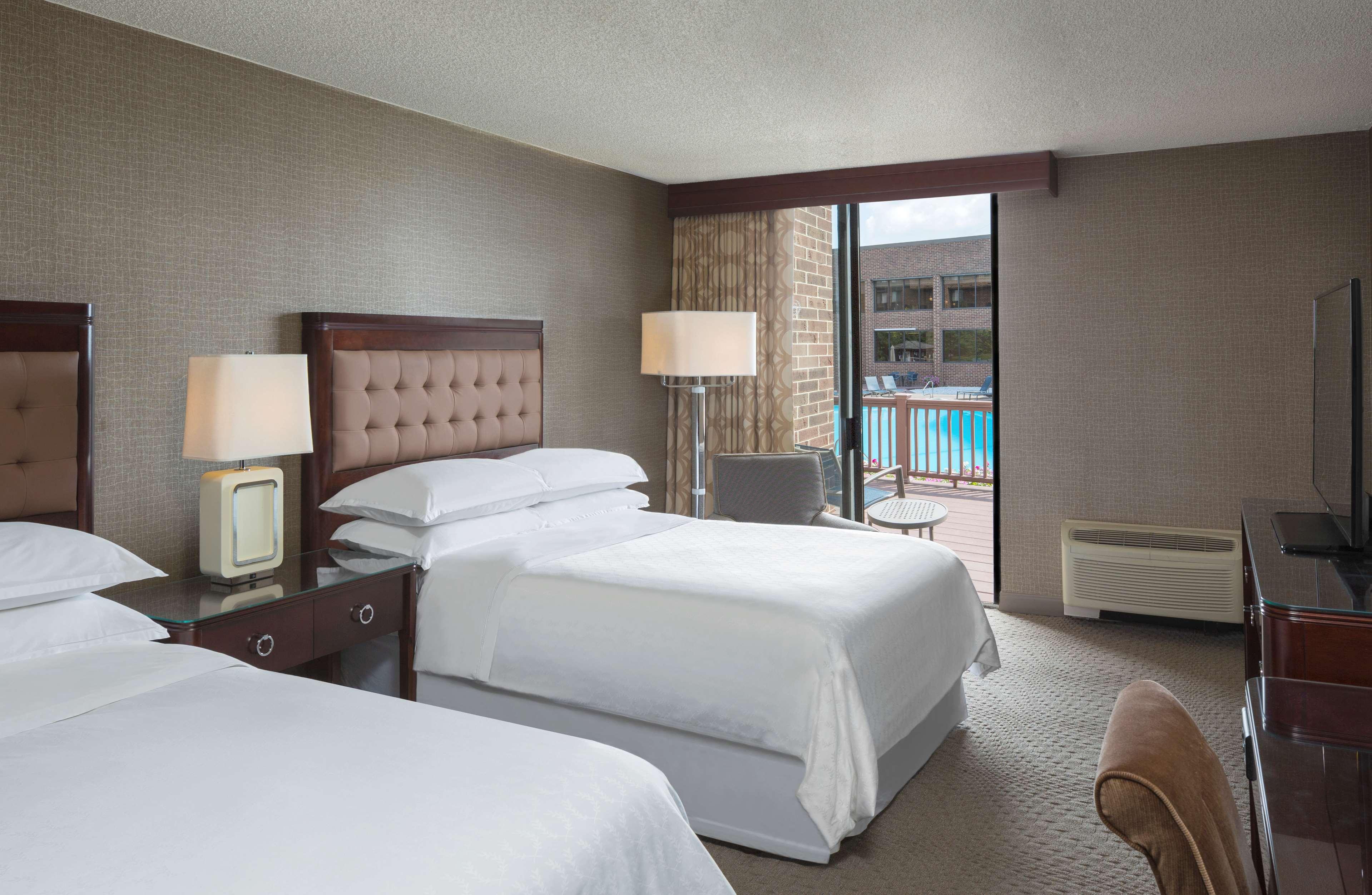 Poolside Room Hotel Hershey