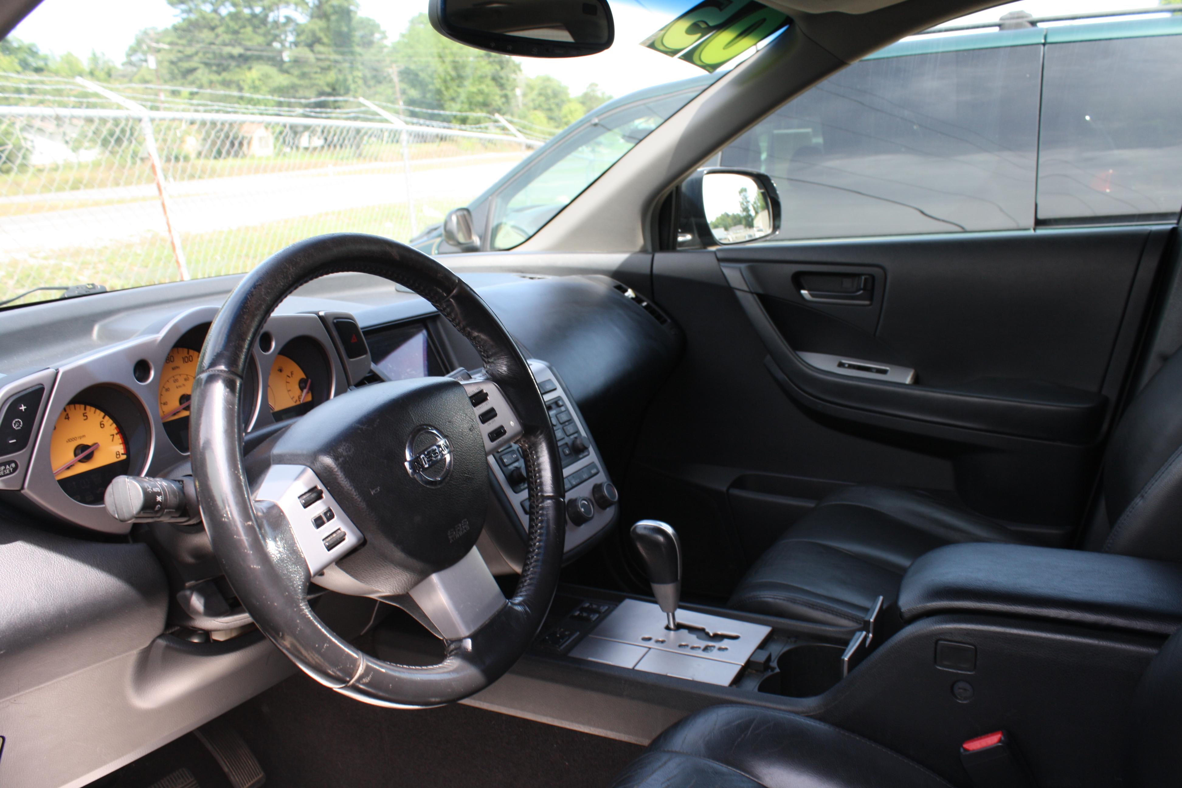 Roberts Auto Sales image 2