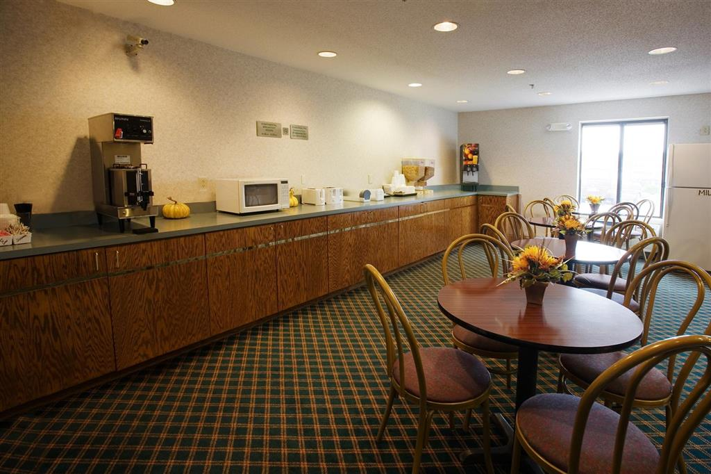 Americas Best Value Inn - Franklin/Spring Hill image 8