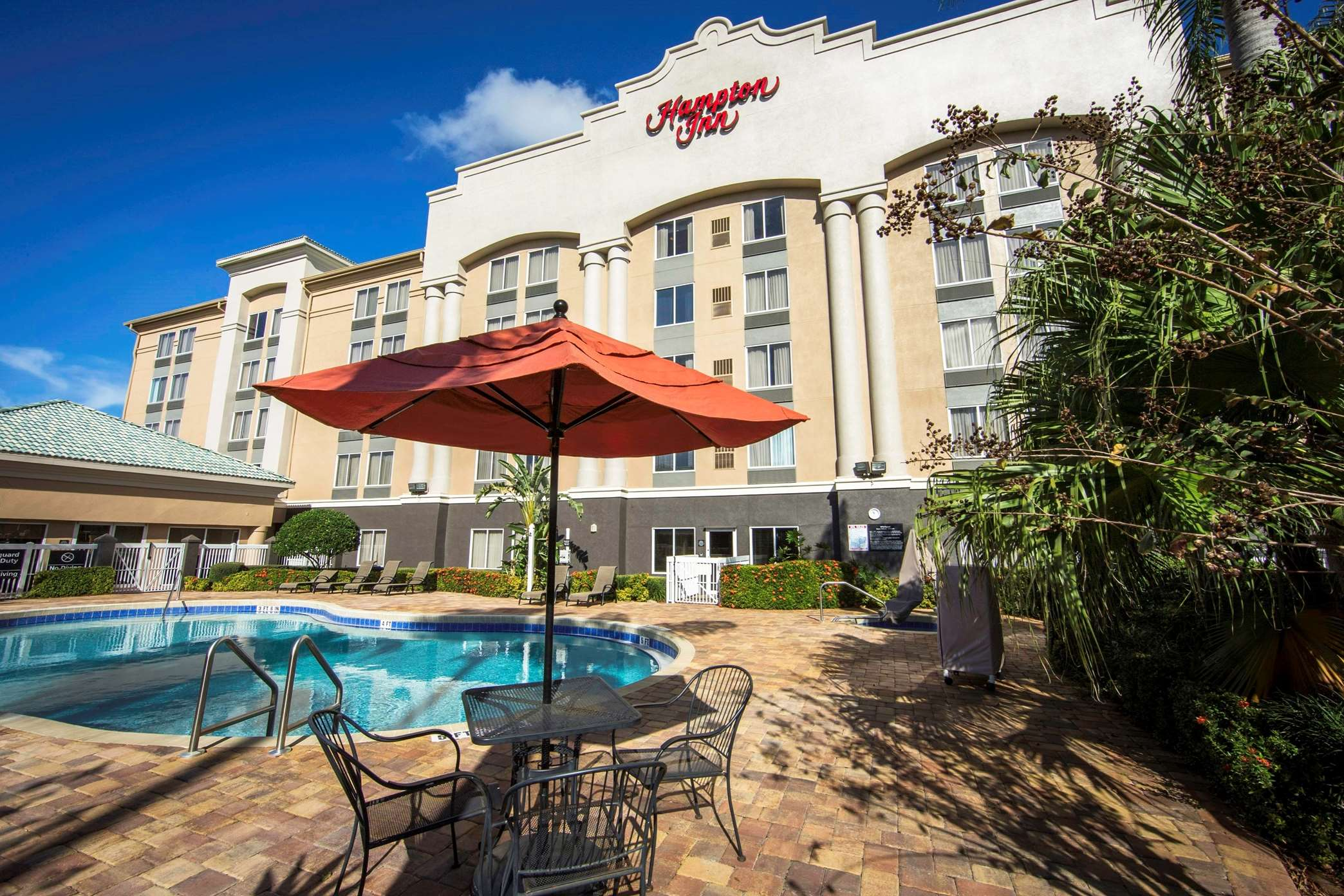 Hampton Inn Orlando/Lake Buena Vista image 11
