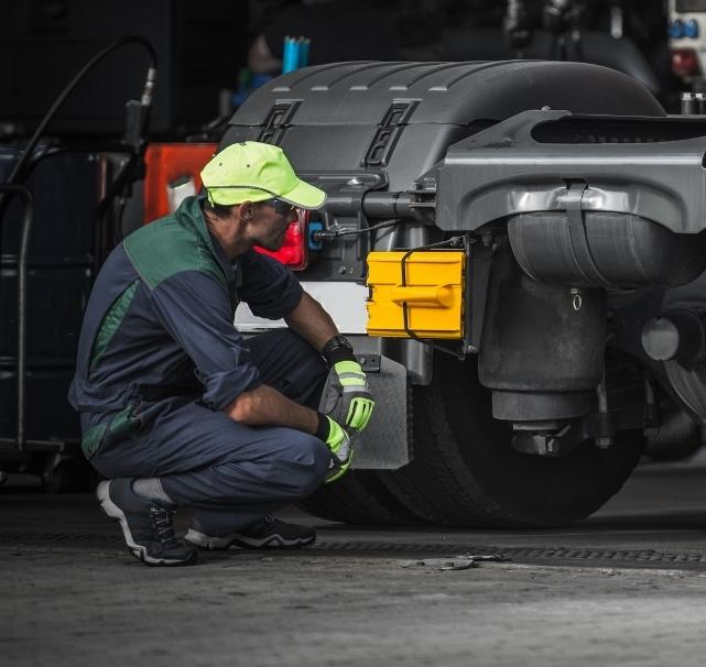 Blue Truck Repair Inc - Mobile Service image 0