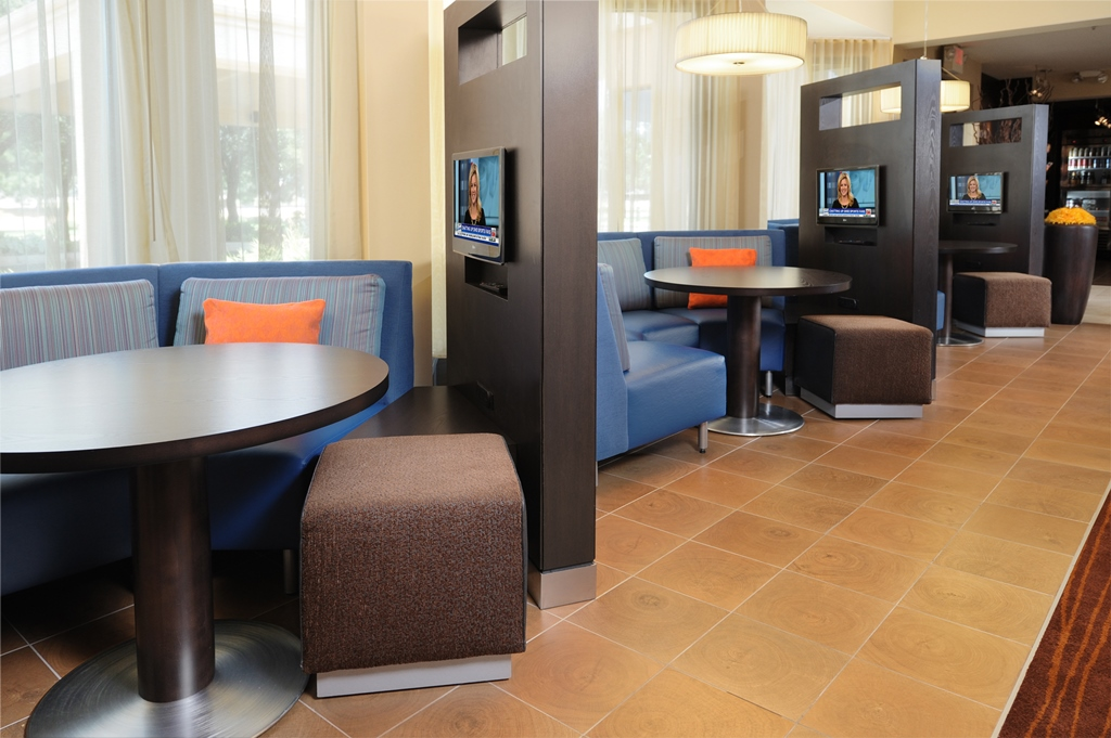 Courtyard by Marriott Oklahoma City Airport image 18