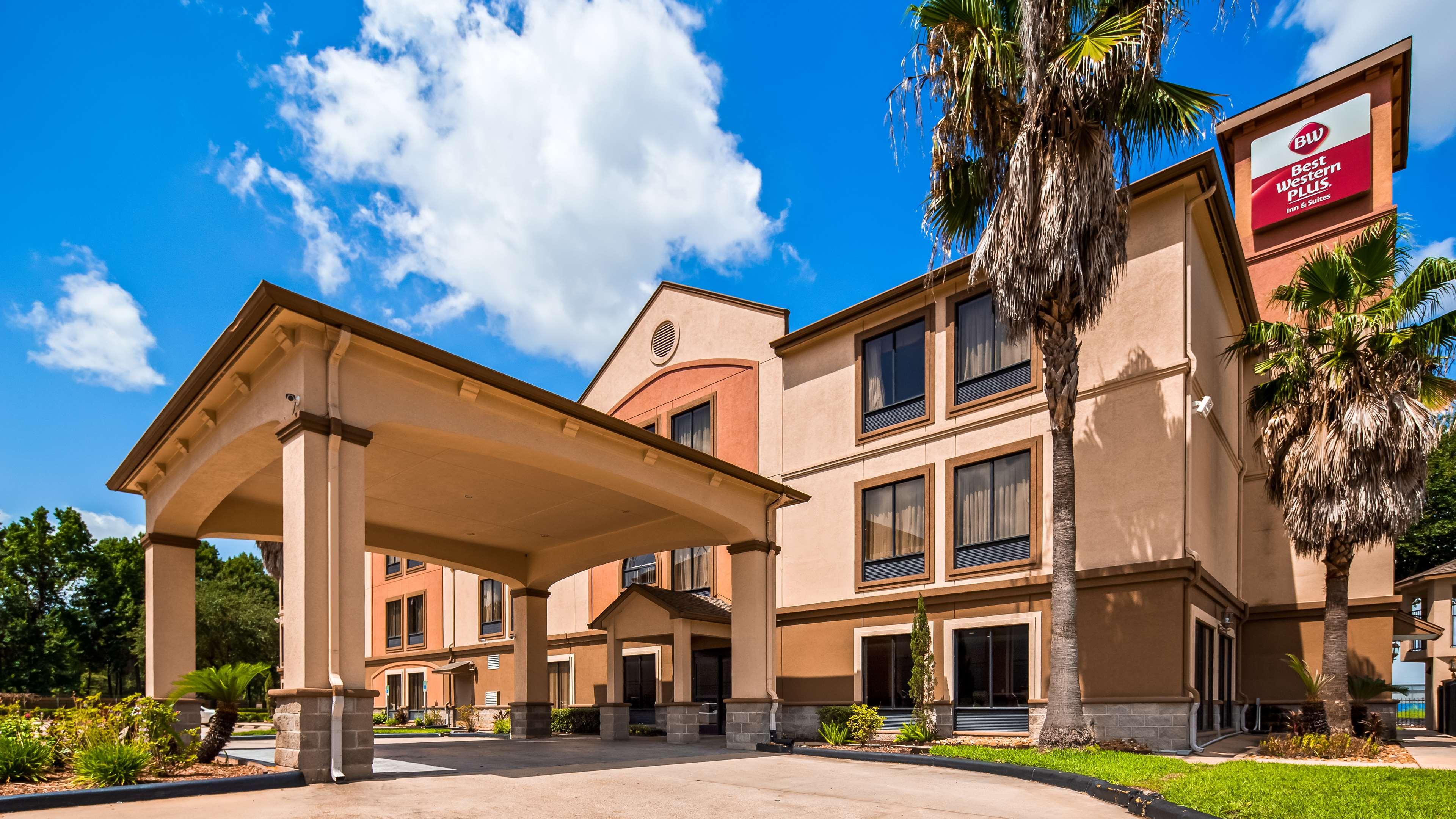 Best Western Plus North Houston Inn & Suites image 0