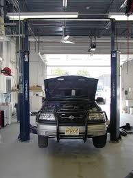 Frank's Auto Body and Frame Specialists image 2